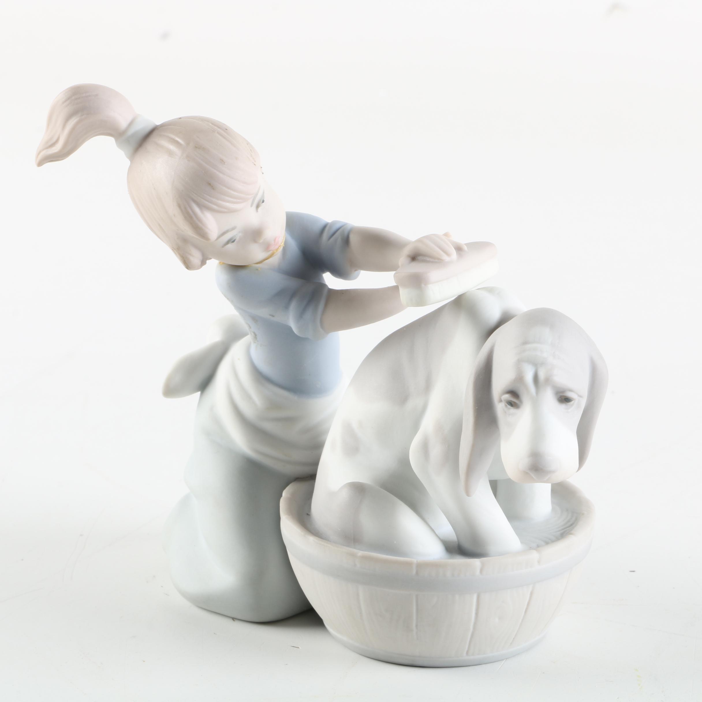 """Vintage Lladró """"Bashful Bather"""" Porcelain Figurine"""