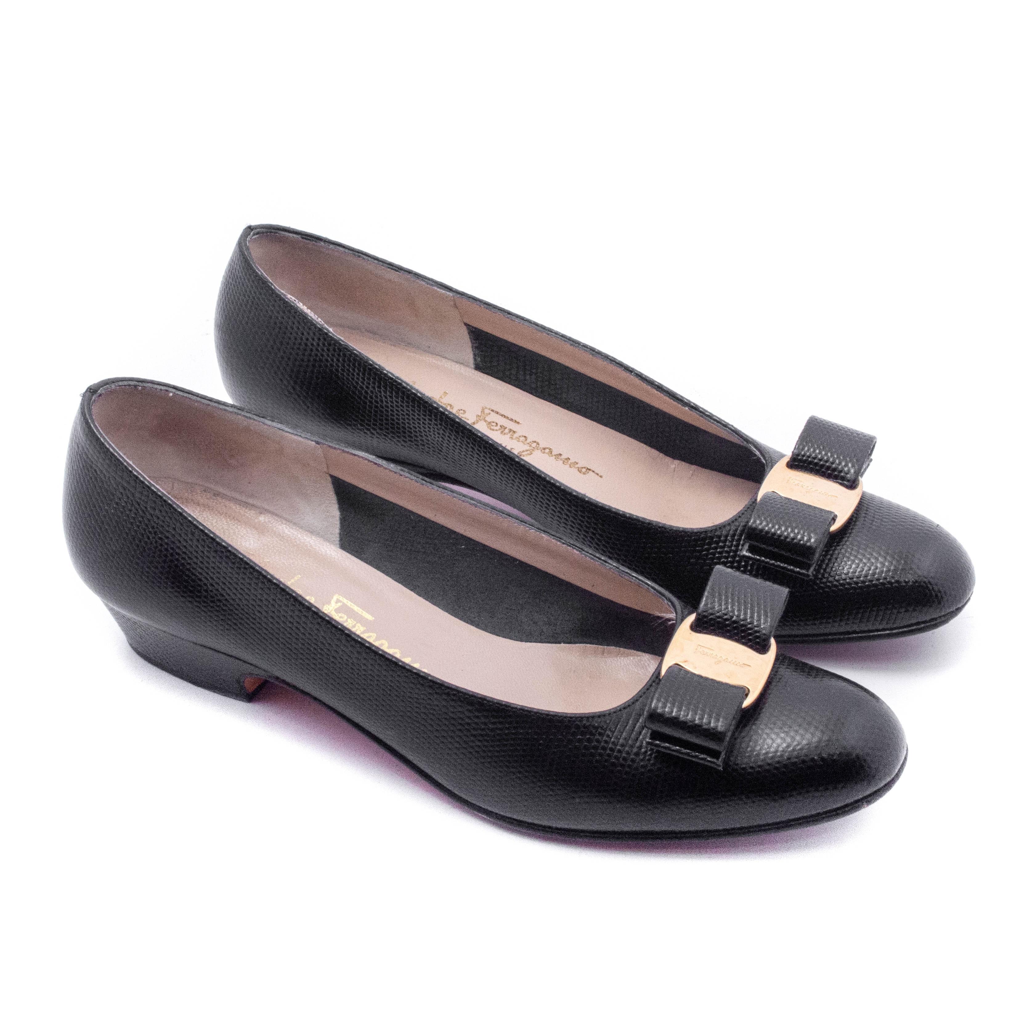 Salvatore Ferragamo Boutique Lizard Embossed Black Leather Low Heels
