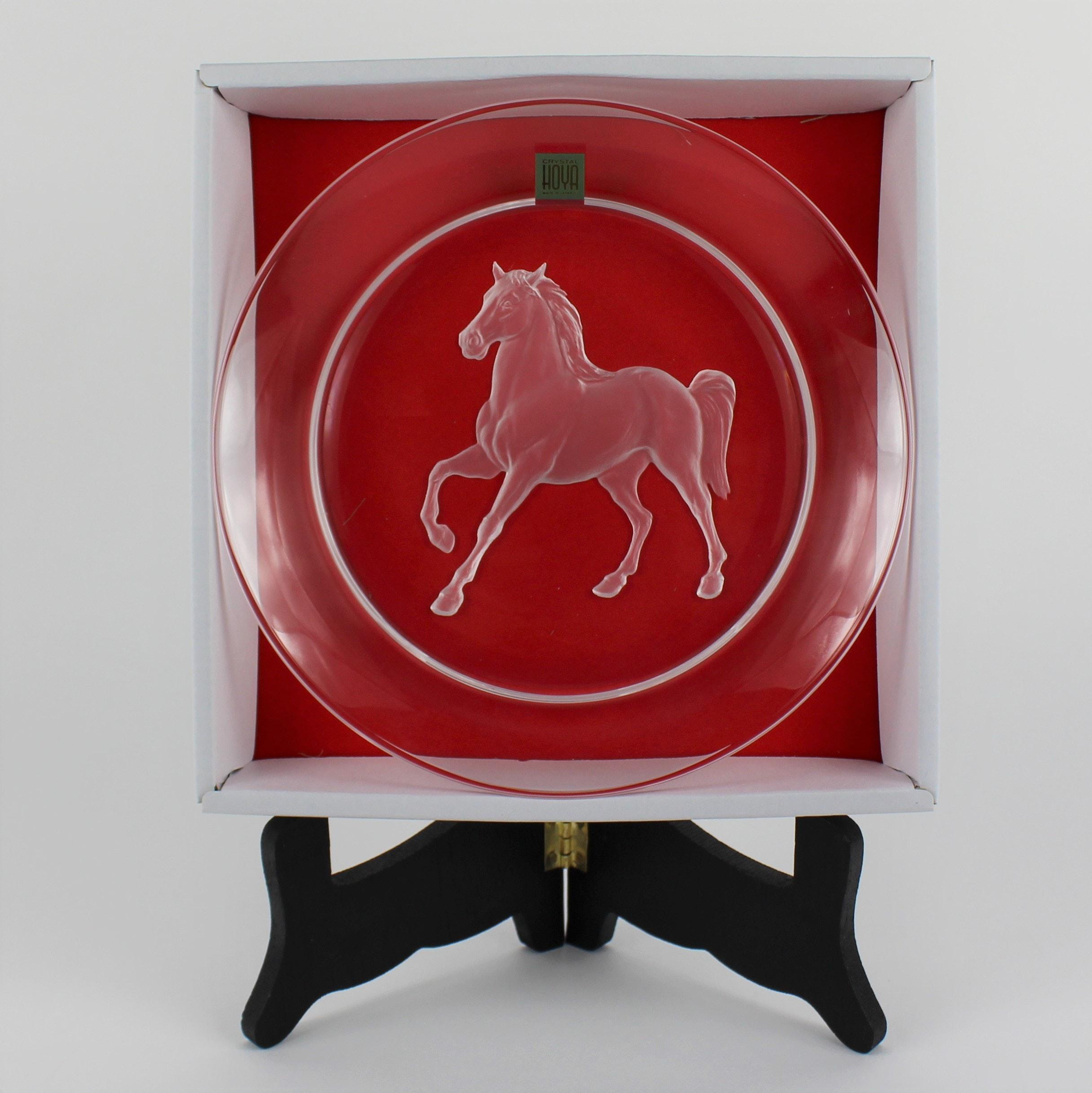 Hoya Crystal Horse Plate