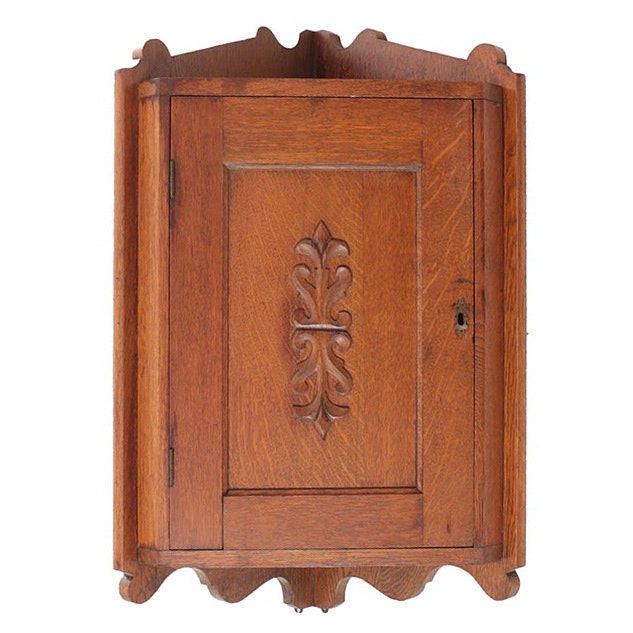 Antique Late Victorian Oak Hanging Corner Cabinet