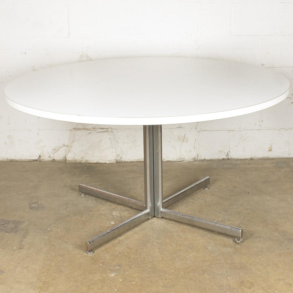 Mid Century Modern Circular Dining Table from Stendig