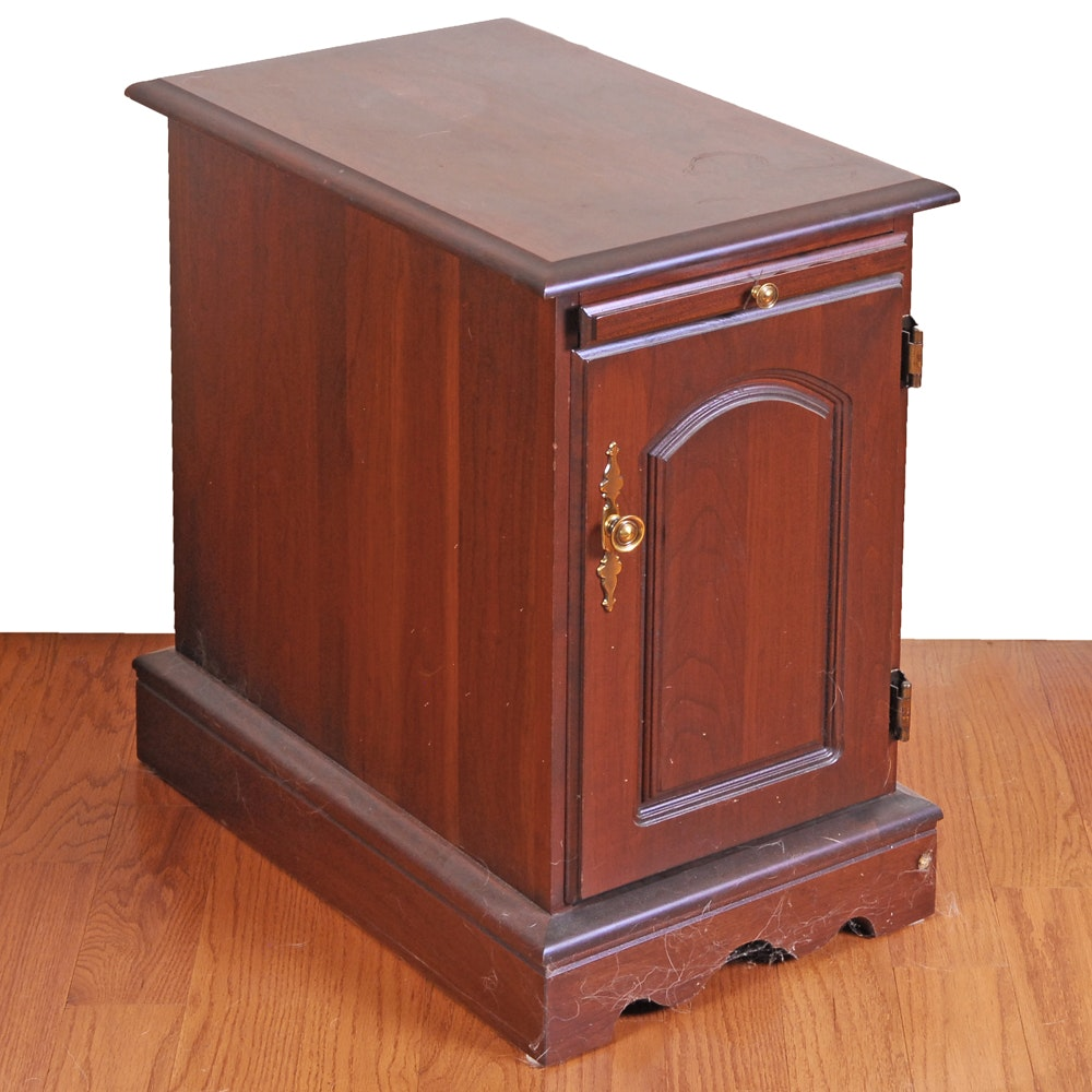Cabinet End Table with Pull Out Surface