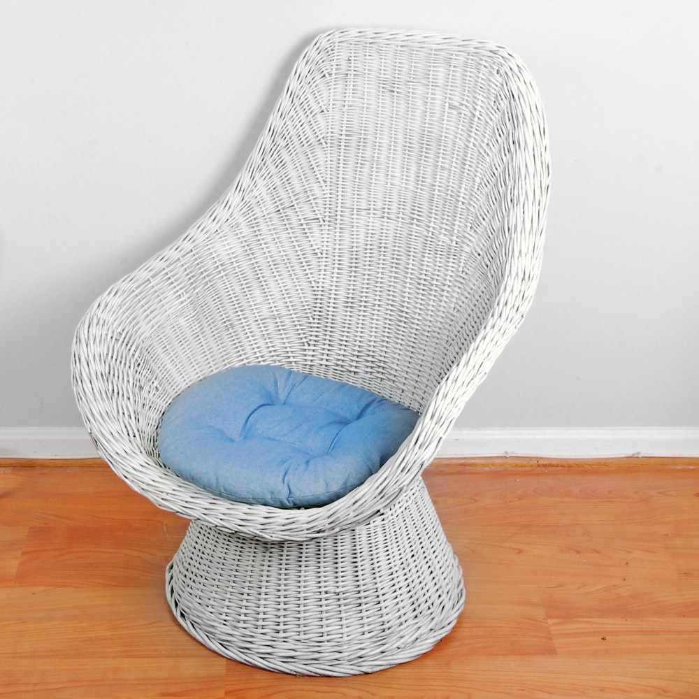 White Wicker Scoop Chair