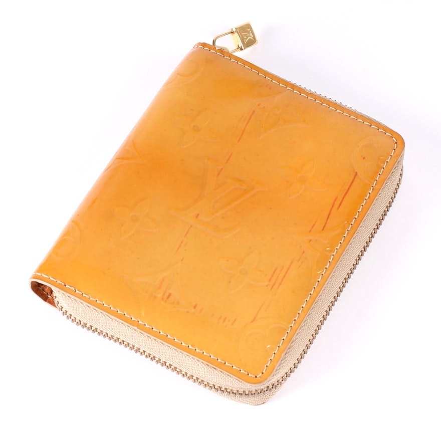 e9c56f262975 Louis Vuitton Vernis Zip-Around Coin Purse Wallet   EBTH