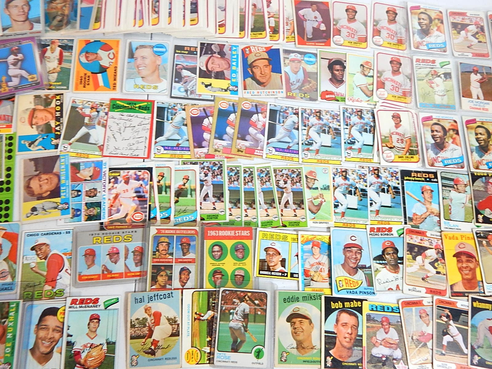 Large Cincinnati Reds Baseball Card Collection from 1950s to 1980s