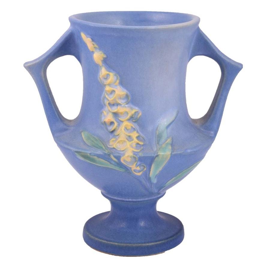 Roseville Foxglove Trophy Vase Ebth