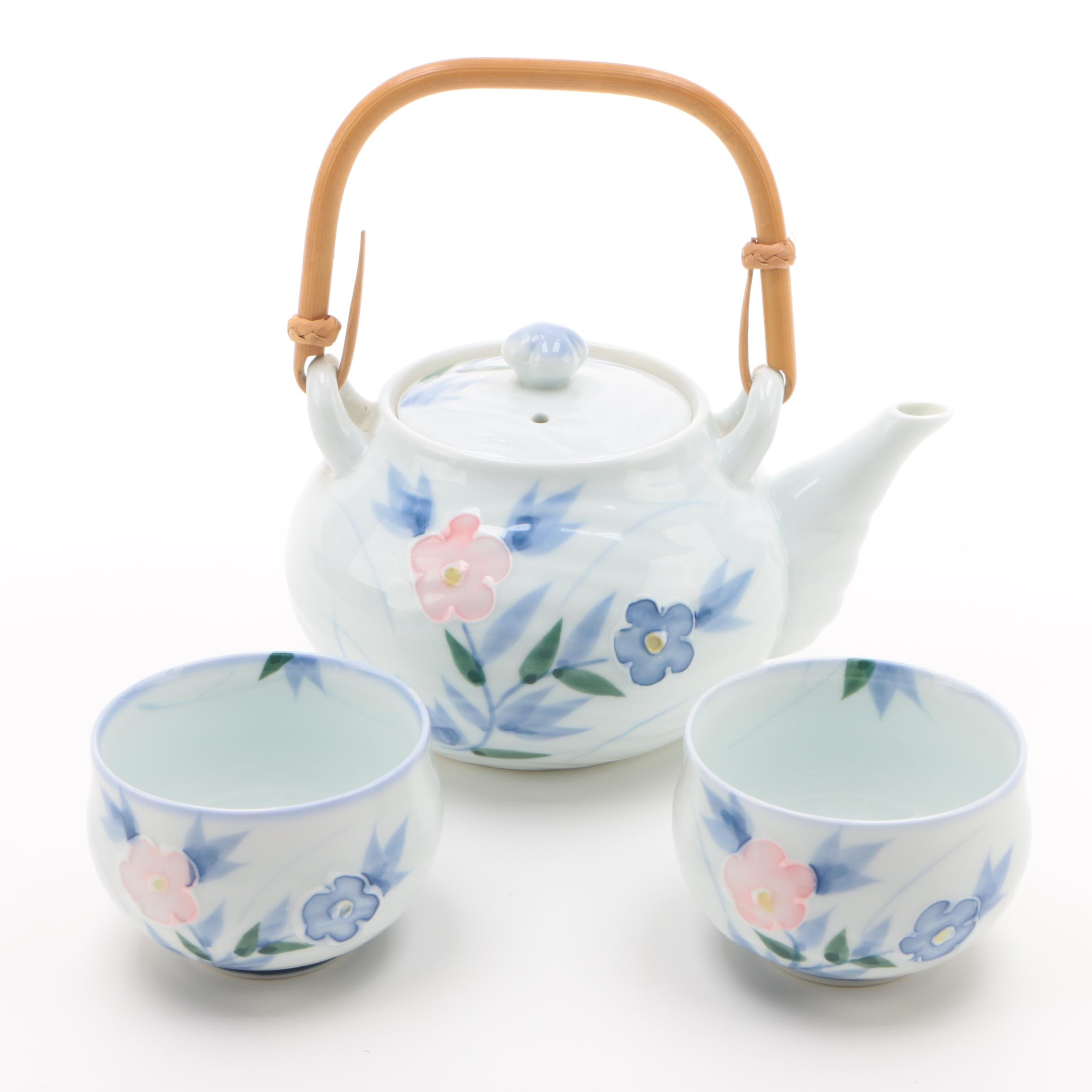 Japanese Floral Motif Porcelain Teapot and Cups