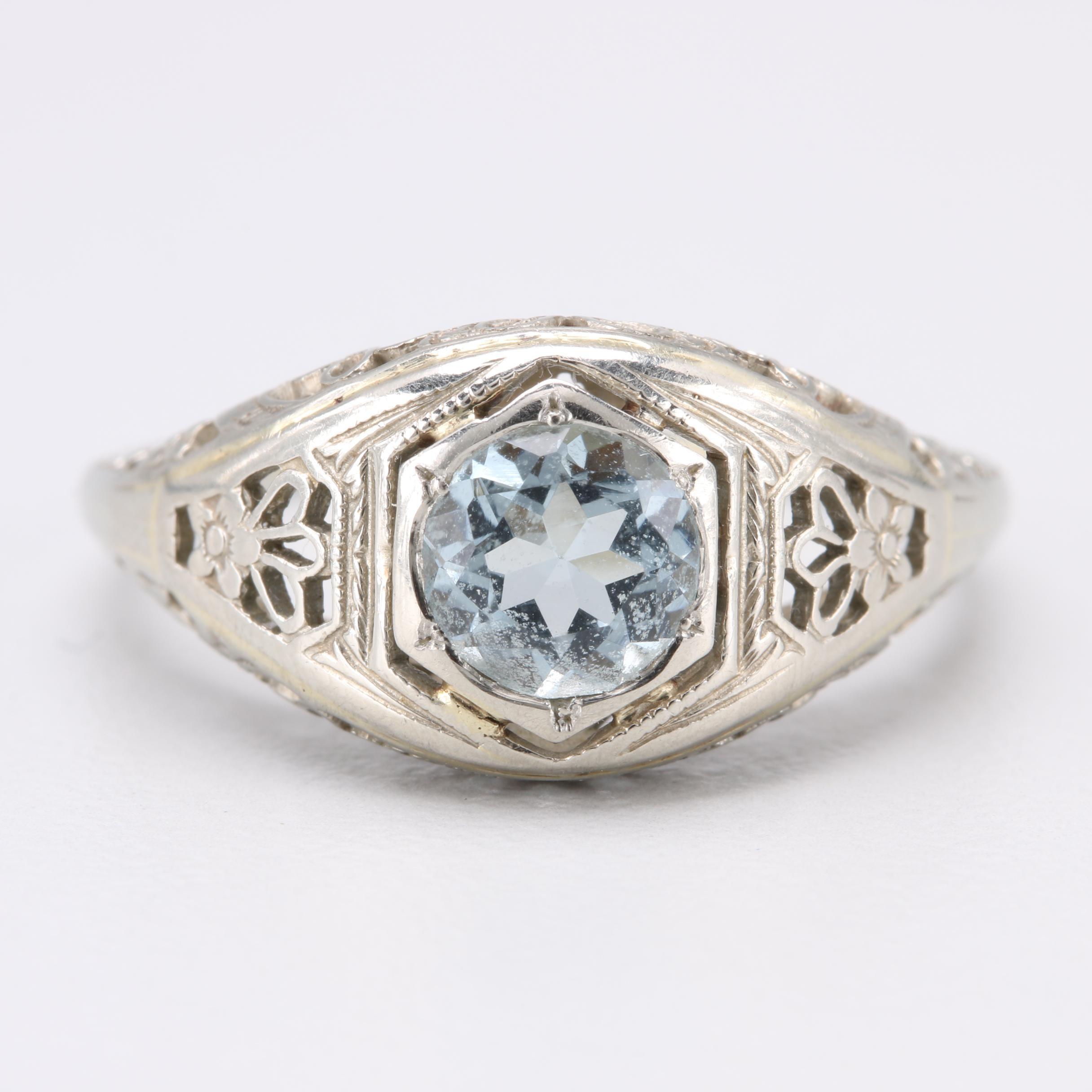 Edwardian 18K White Gold Aquamarine Ring