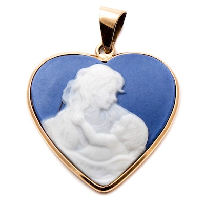 10k yellow gold conch shell cameo pendant brooch ebth 10k yellow gold cameo pendant aloadofball Images