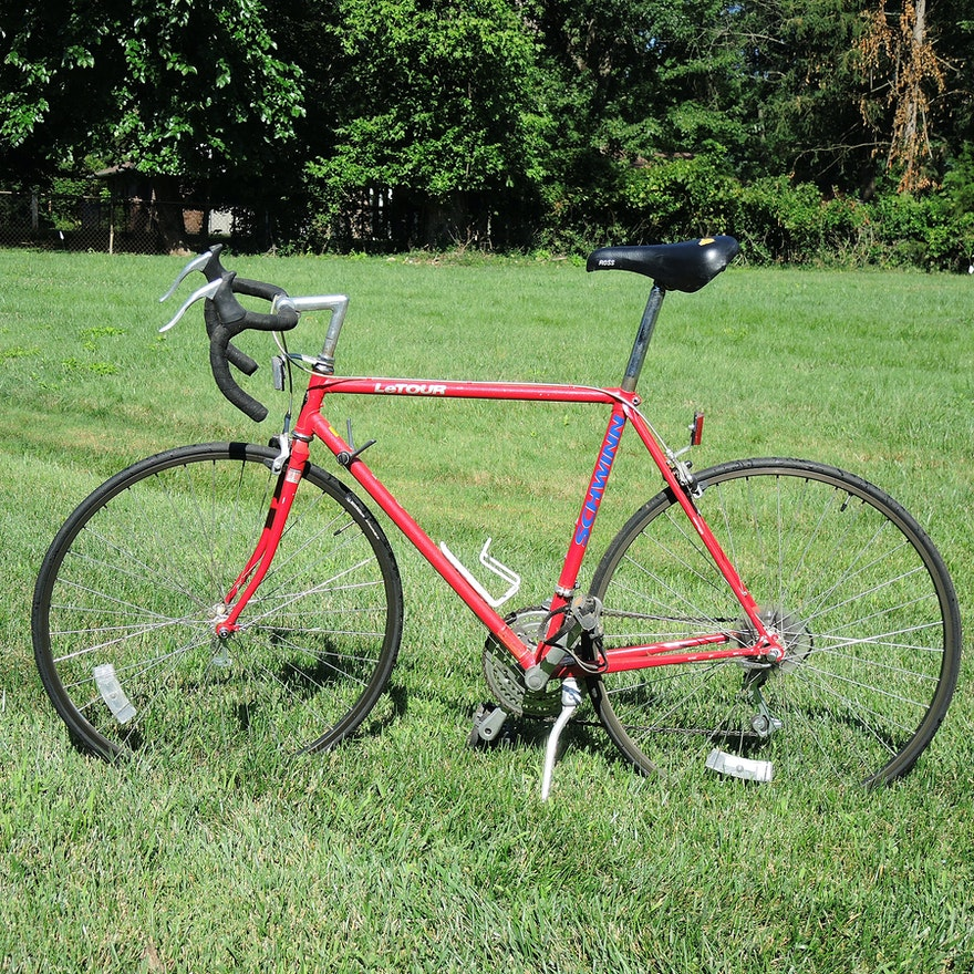 Vintage Schwinn Le Tour Road Bike
