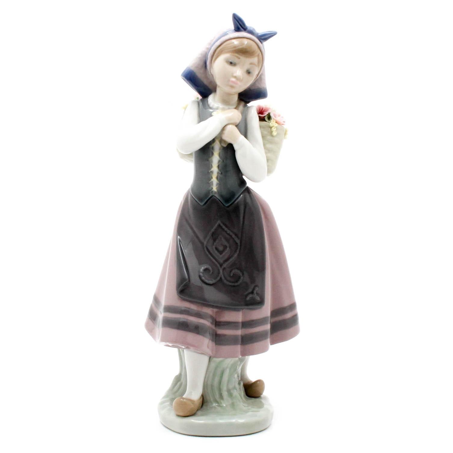 Lladró Hand-Painted Porcelain Figurine of Girl with Flower Basket
