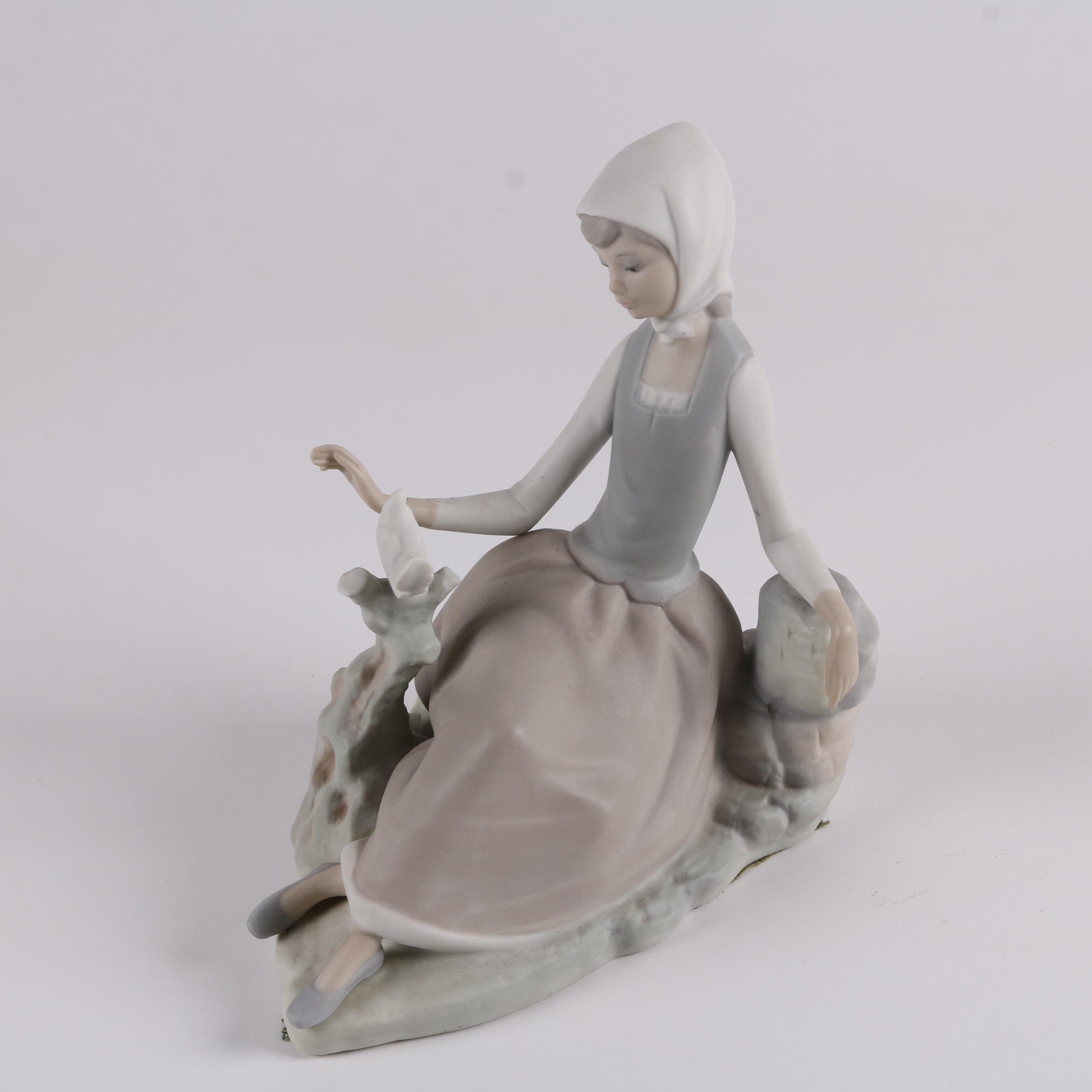 "Lladro ""Girl with Dove"" Figurine"