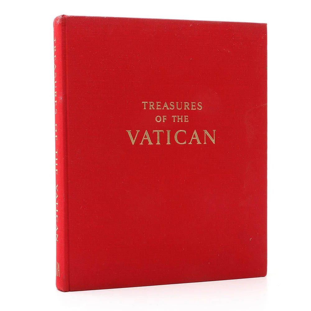 "1962 ""Treasures of the Vatican""  by Maurizio Calvesi"