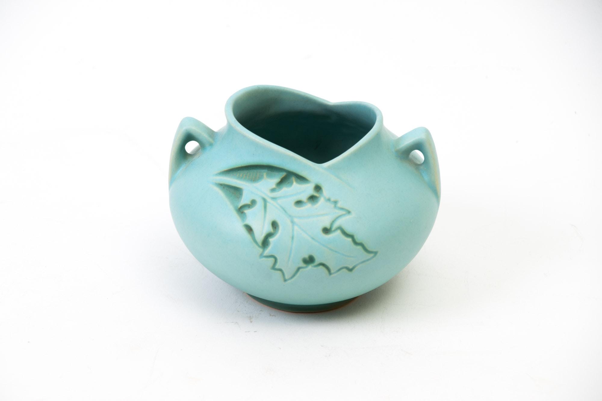 "Roseville Pottery ""Silhouette"" Pattern Bowl"
