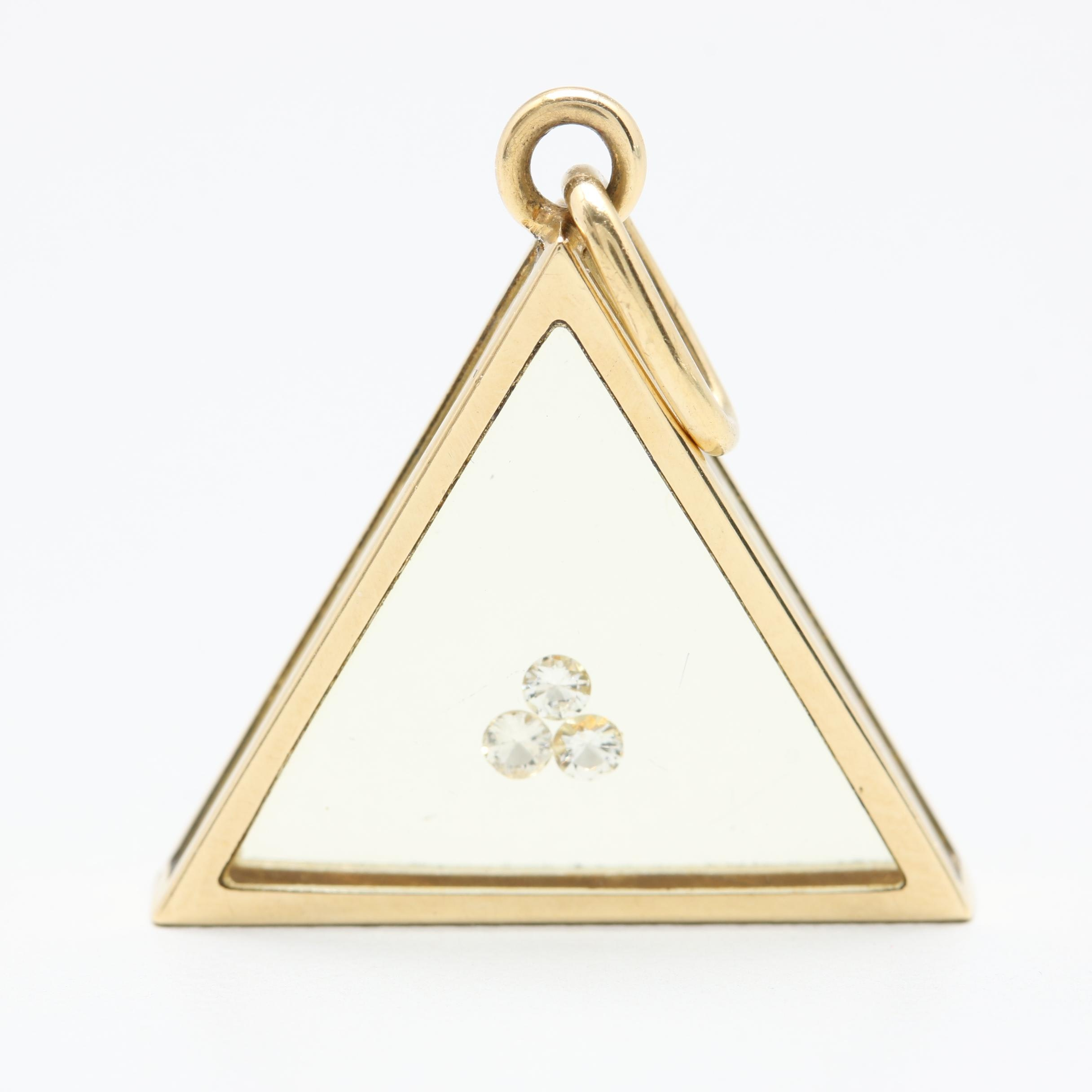 18K Yellow Gold Diamond and Resin Pendant