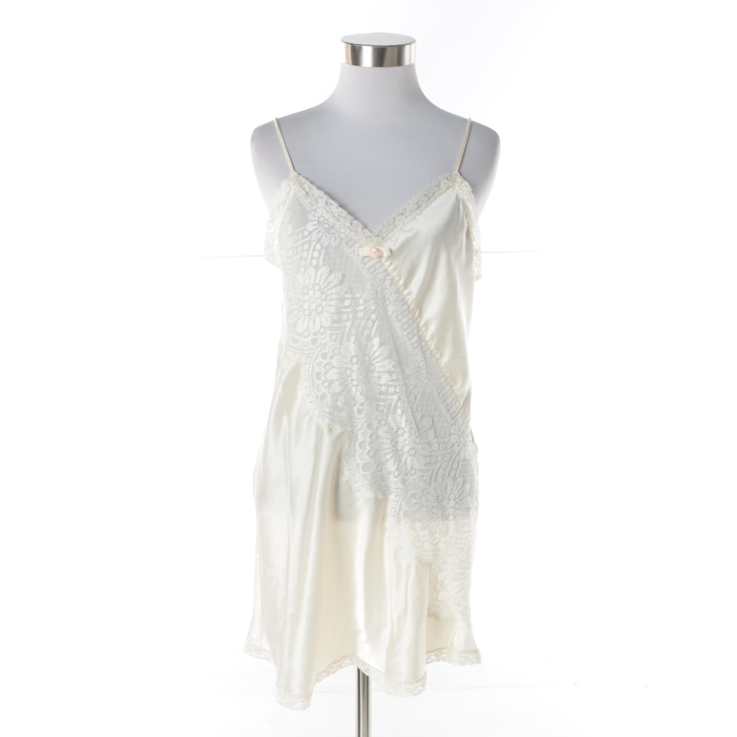 Women's Christian Dior Lingerie Cream Chemise Trimmed in Lace