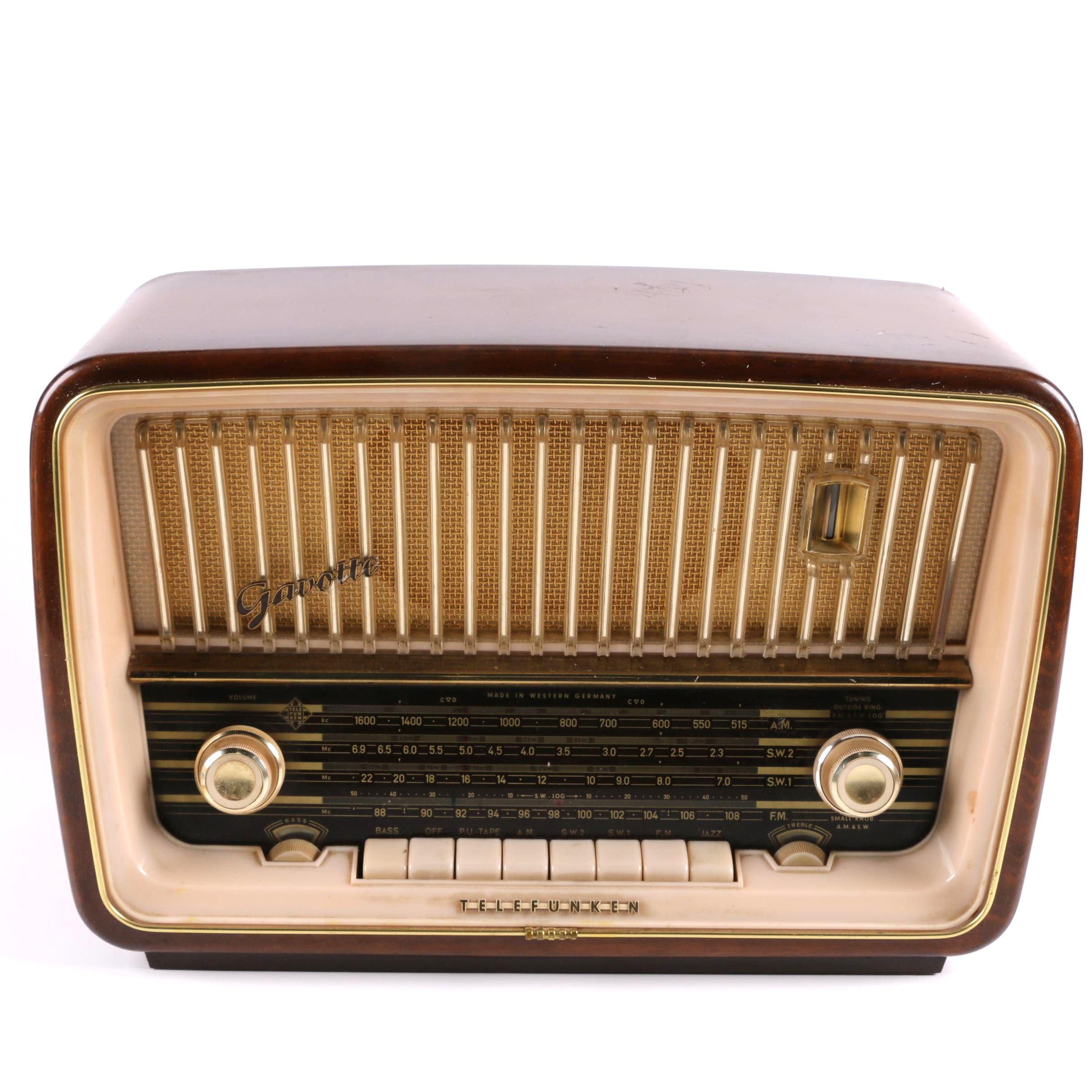 """1960s German Telefunken """"Gavotte"""" Radio"""