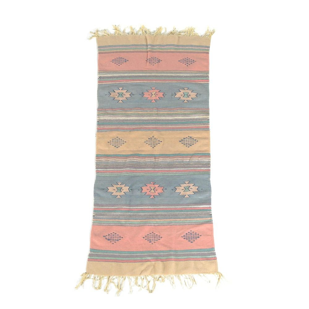 Handwoven Southwestern Style Wool Blend Accent Rug