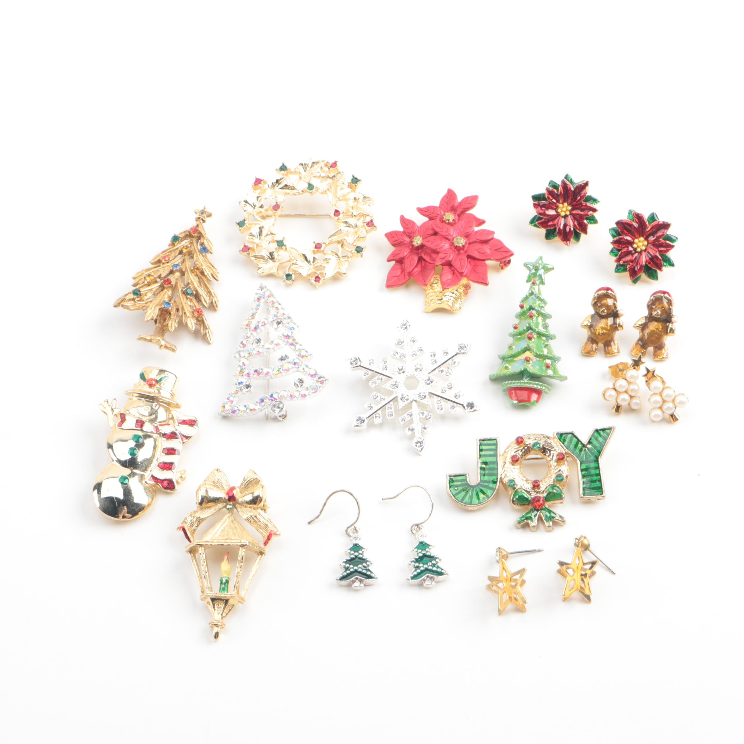 Holiday Motif Jewelry Selection Including Imitation Pearl and Foilbacks