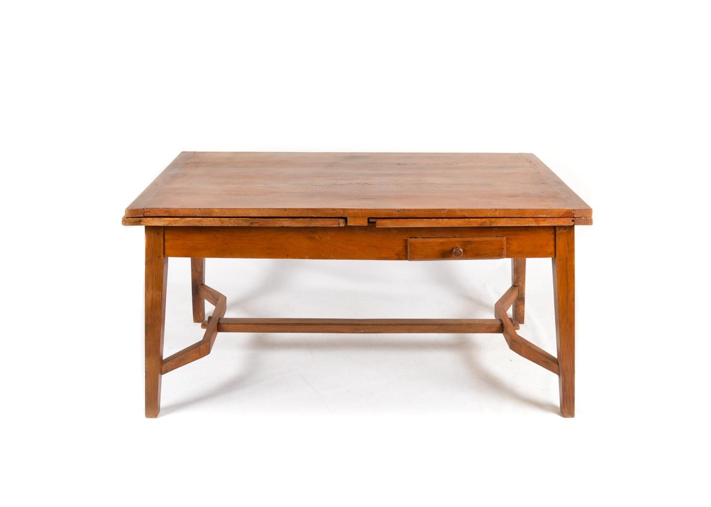 19th Century English Draw Leaf Dining Table