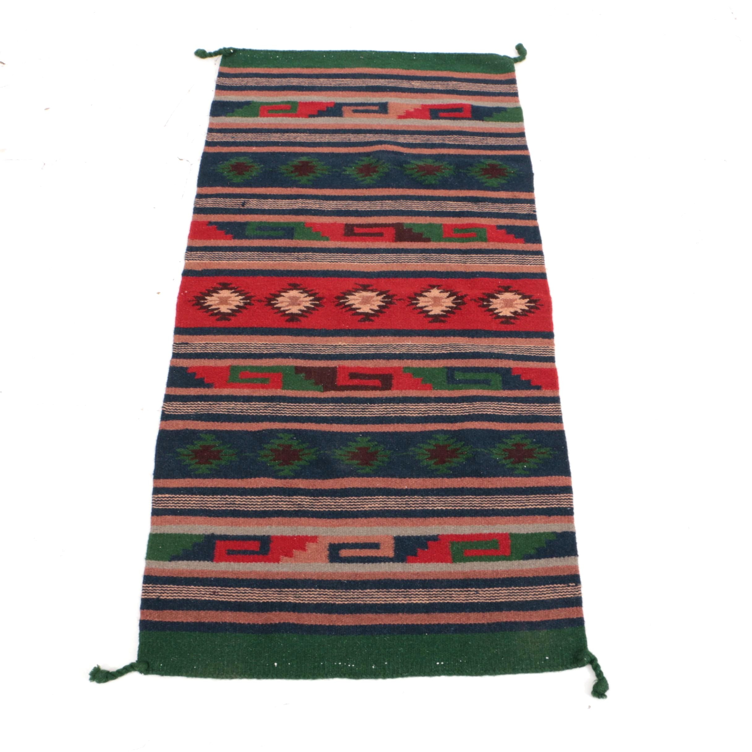 Handwoven Mexican Style Wool Blend Accent Rug