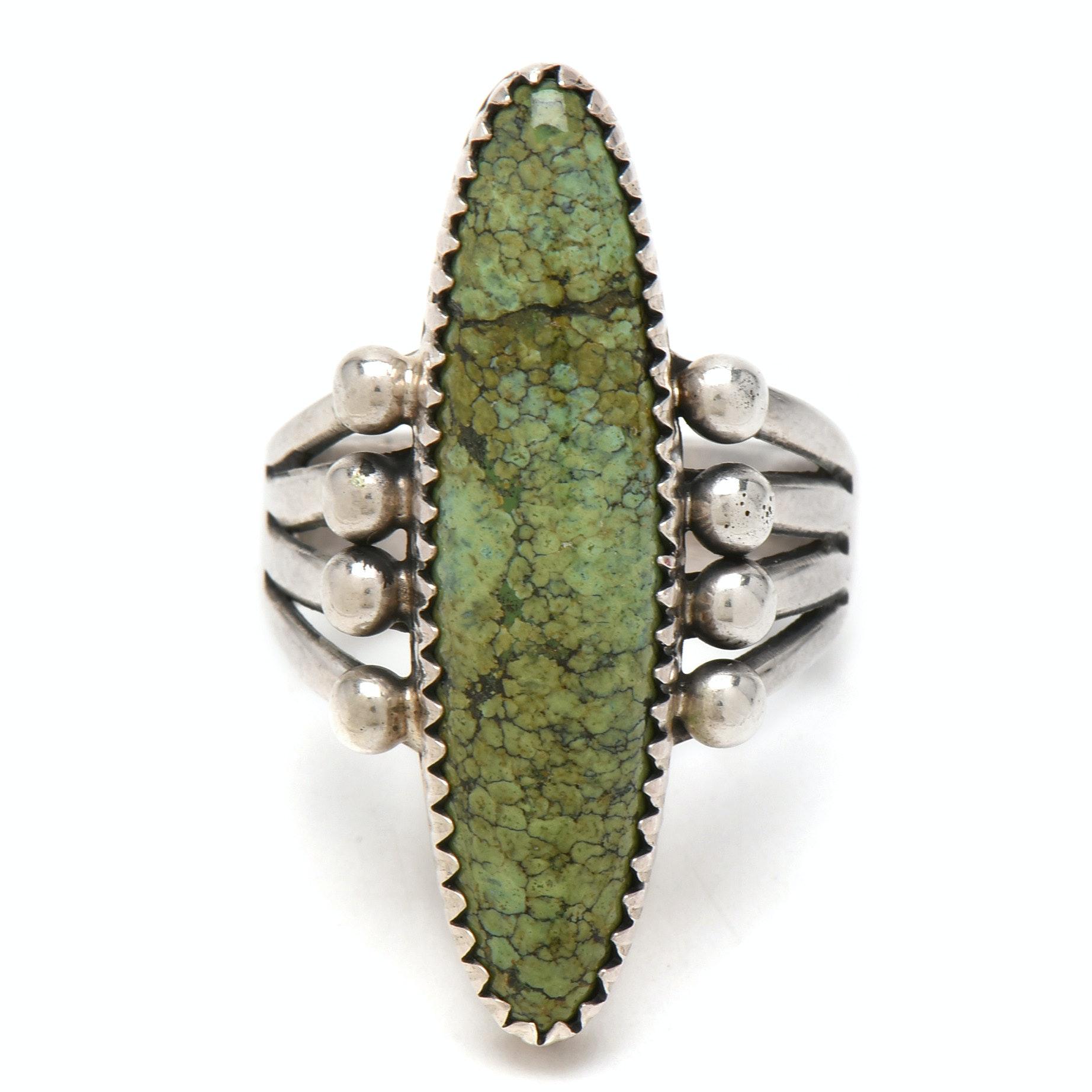 Mae Bia Navajo Dine Sterling Silver Gaspeite Ring
