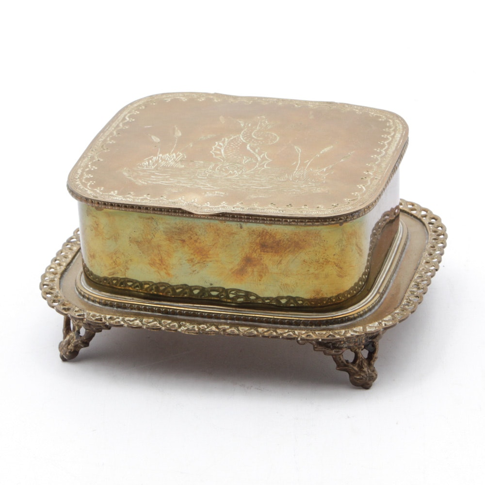 Mottahedeh Historic Charleston Reproduction Engraved Footed Brass Box