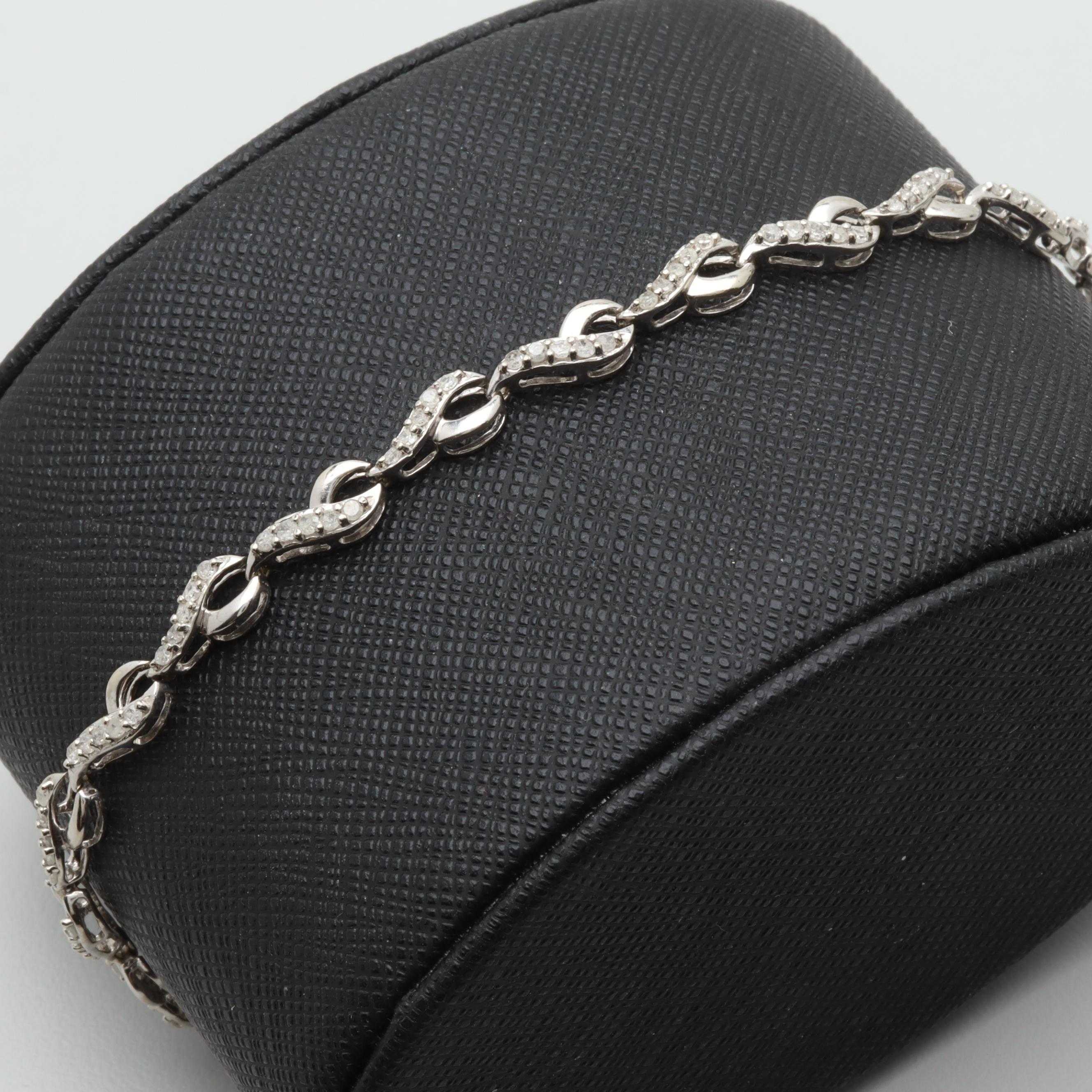 10K White Gold 1.00 CTW Diamond Link Bracelet