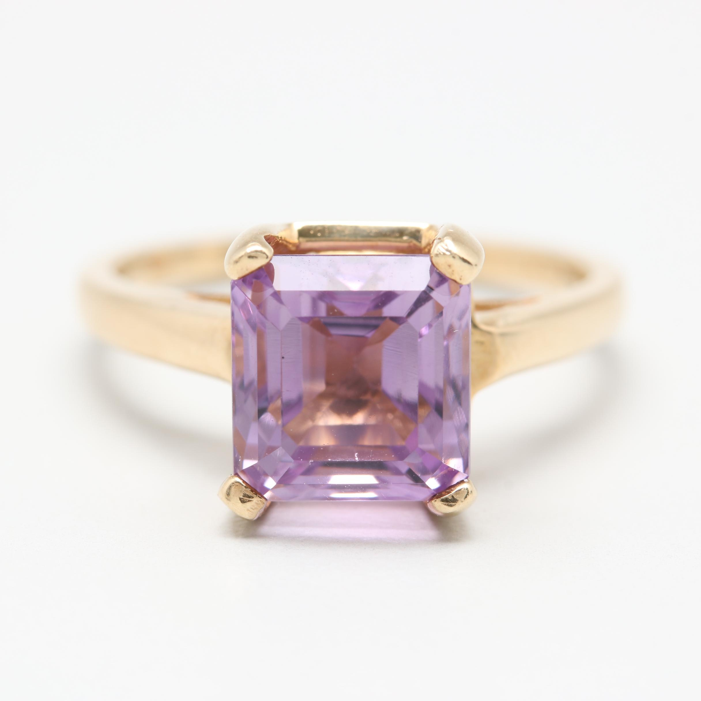 14K Yellow Gold Amethyst Solitaire Ring