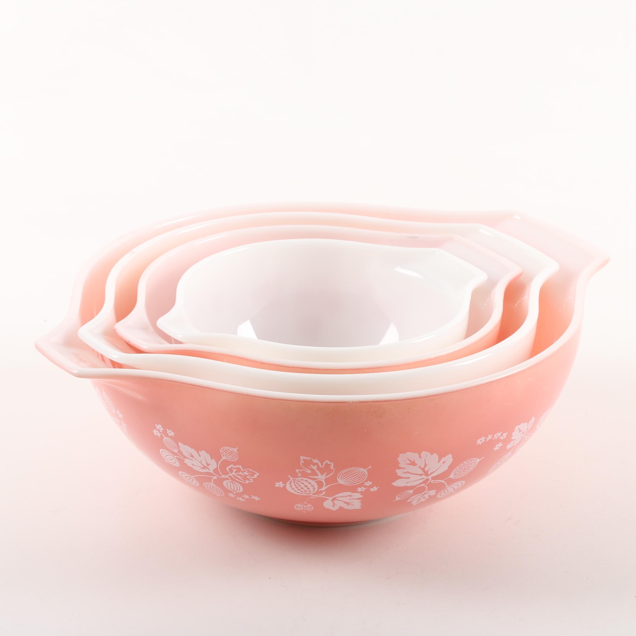 """Vintage Pyrex """"Gooseberry"""" Cinderella Bowls c.1957-66"""