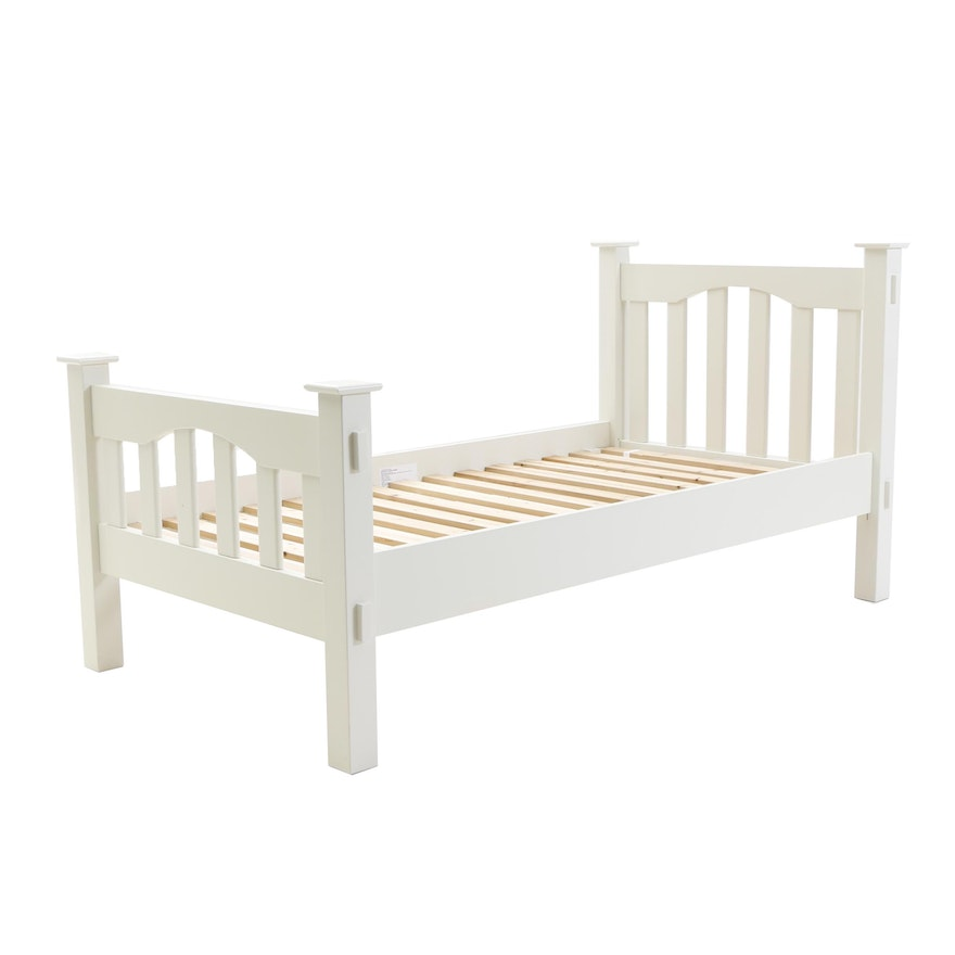 Pottery Barn Kendall Twin Bed In White