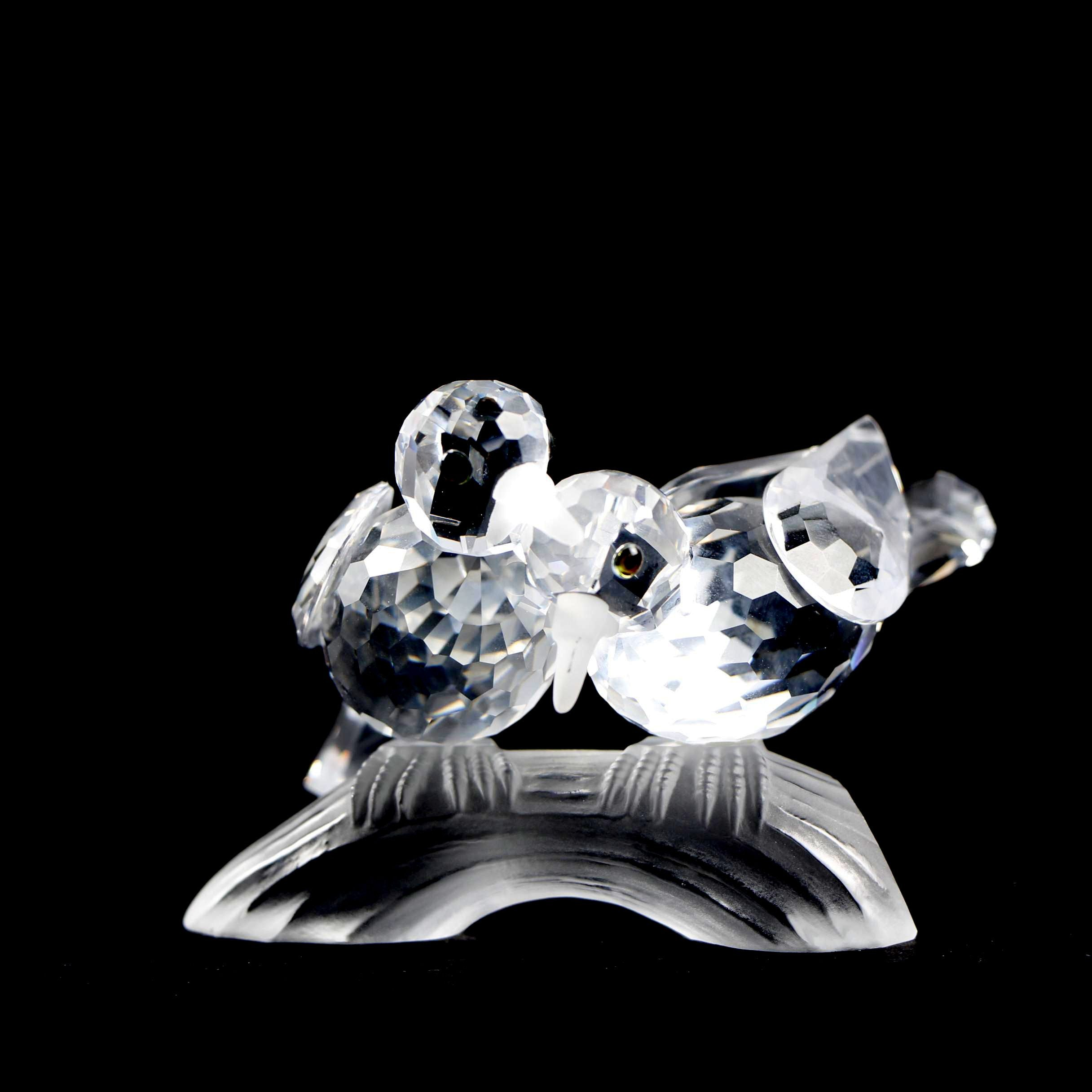"Swarovski CS 1989 Annual Edition Crystal Figurine ""Amour"" - The Turtledoves"