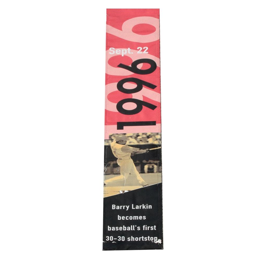 Cincinnati Reds Hall of Fame Barry Larkin 30/30 Street Banner COA