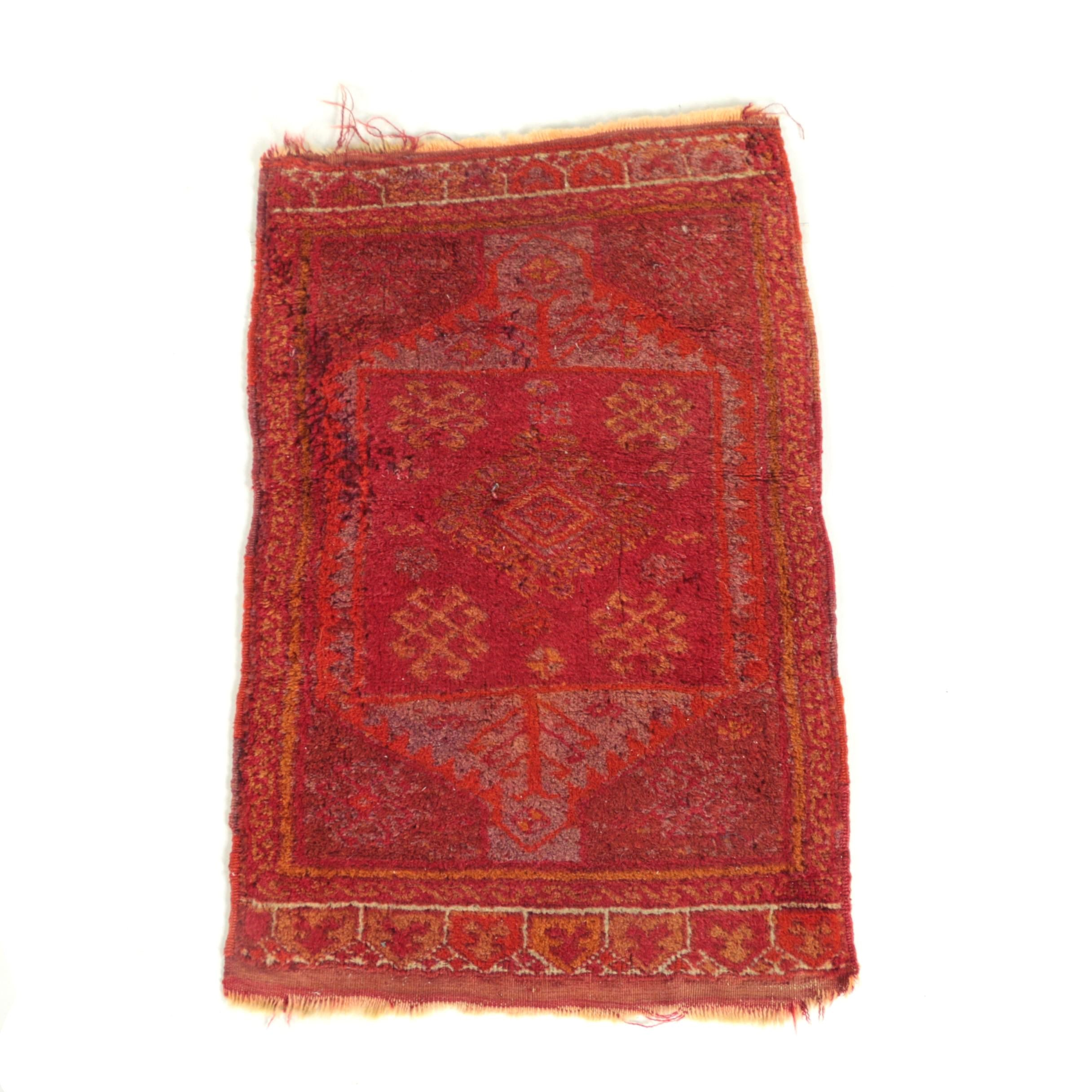 Vintage Hand-Knotted Anatolian Milas Wool Accent Rug