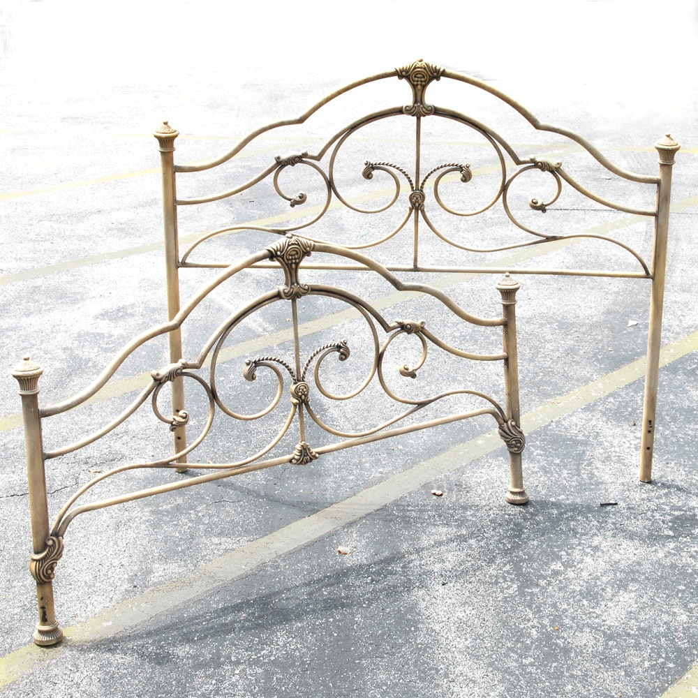 Victorian Style Metal Twin Size Bed Frame