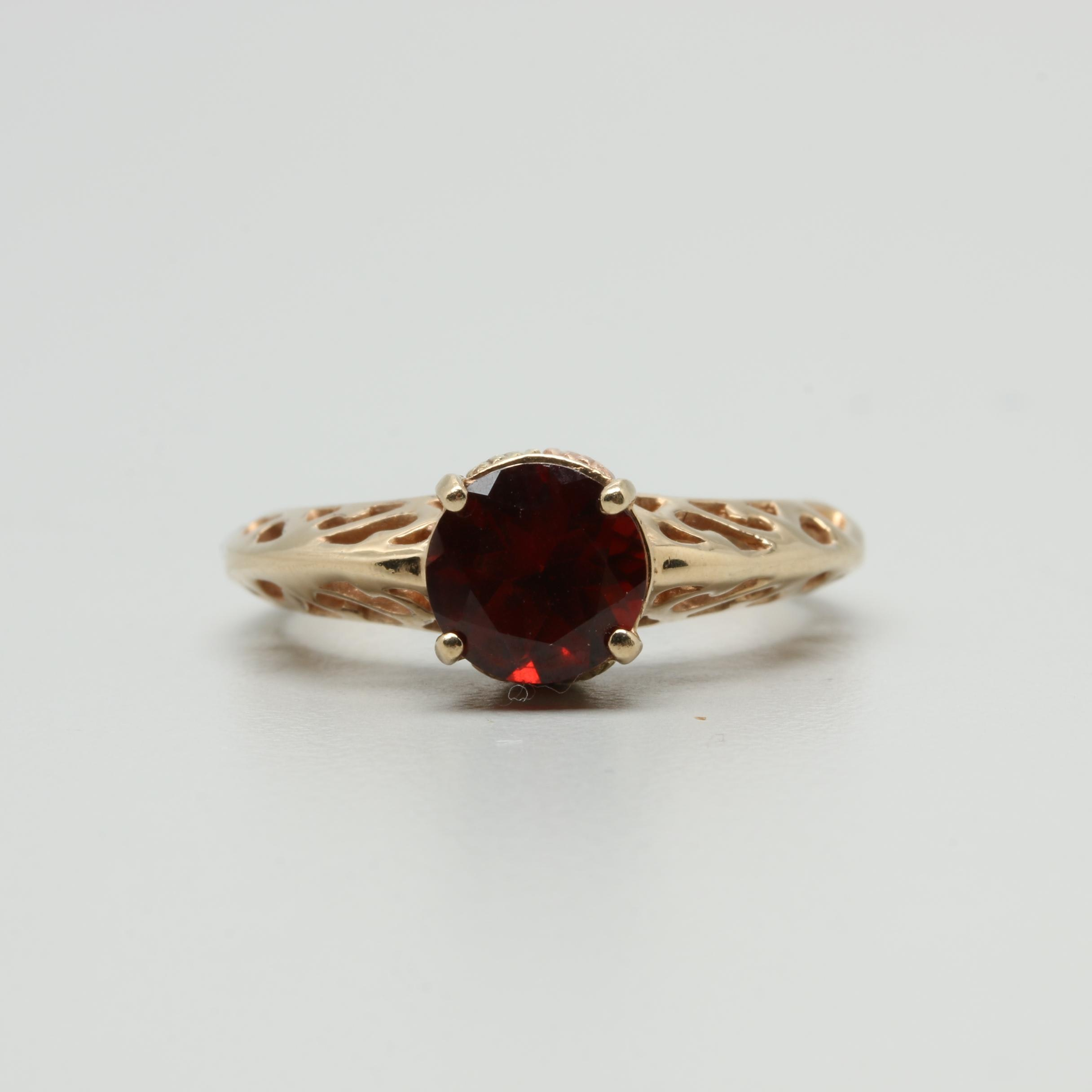Coleman Co. 10K Yellow Gold Garnet Ring with Rose and Green Gold Accents