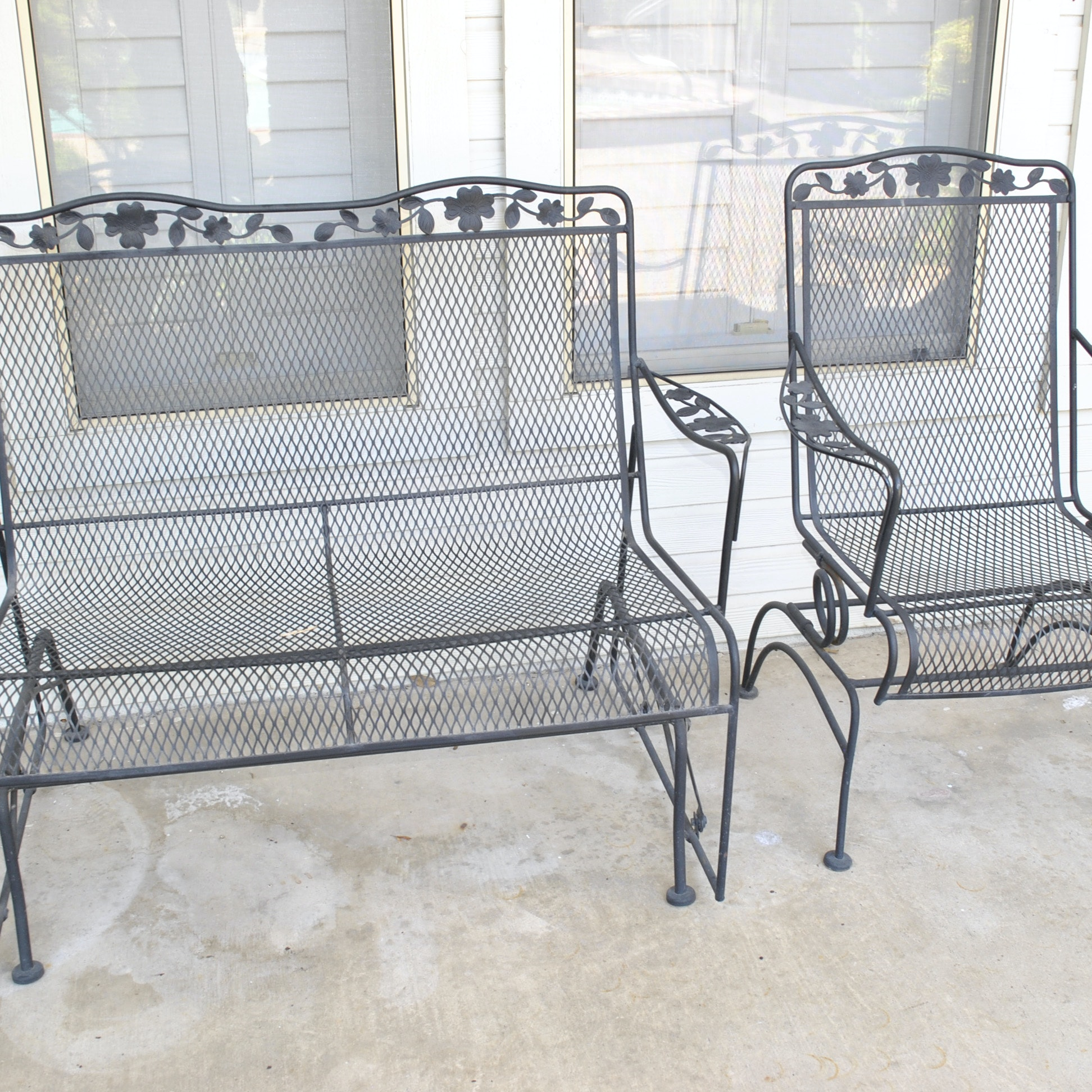 Floral Motif Metal Patio Furniture