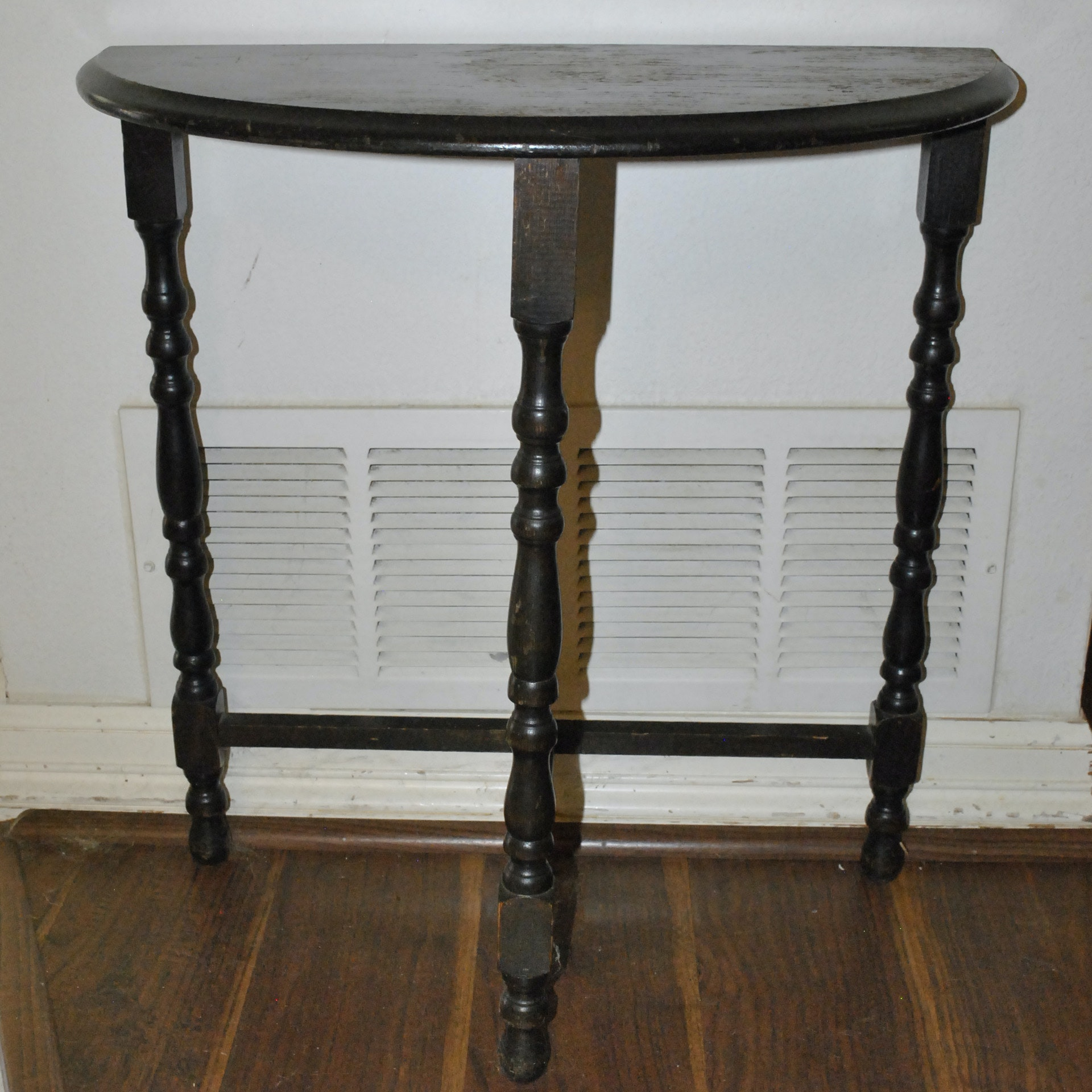 Demilune Table With Turned Legs