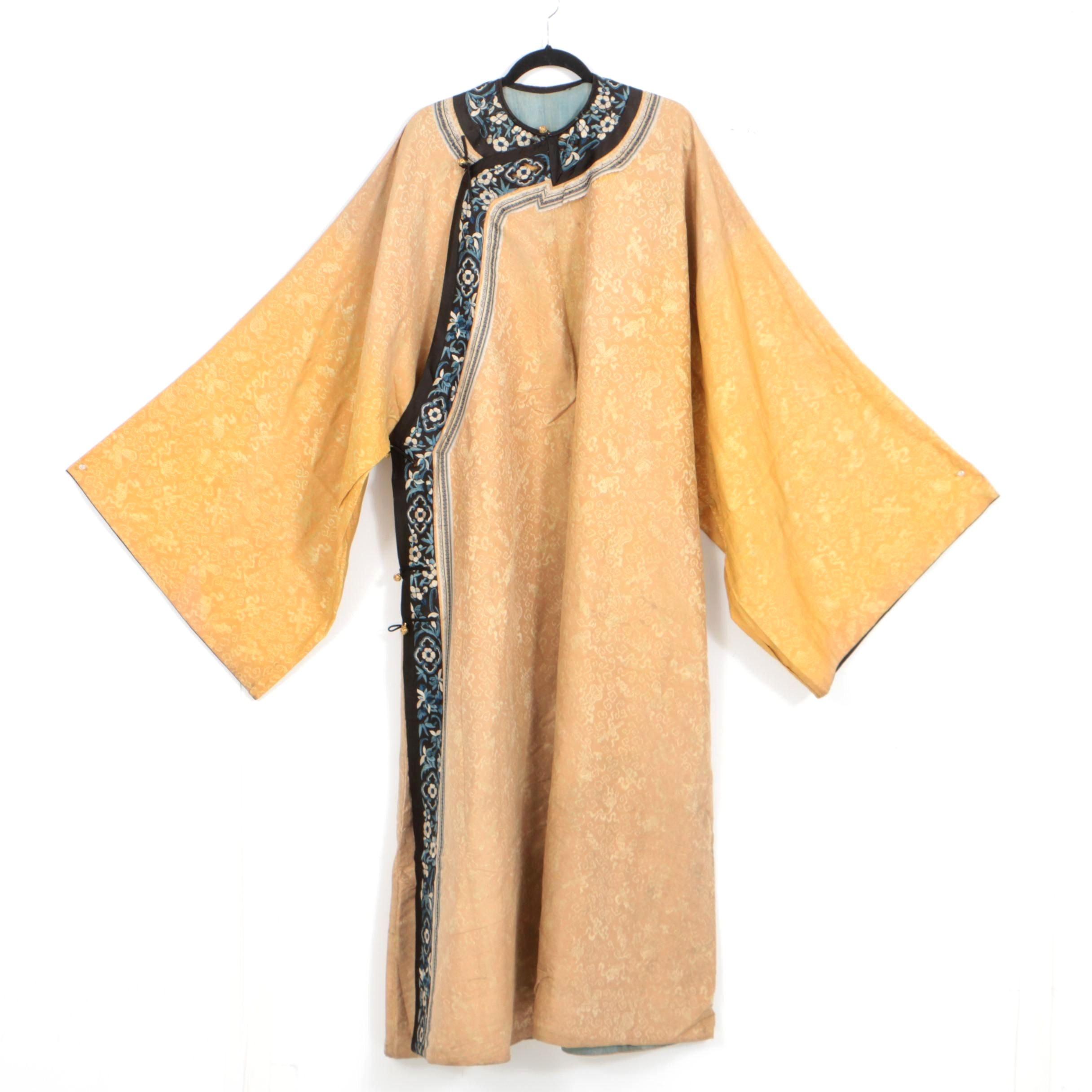 19th Century Chinese Qing Dynasty Silk Robe