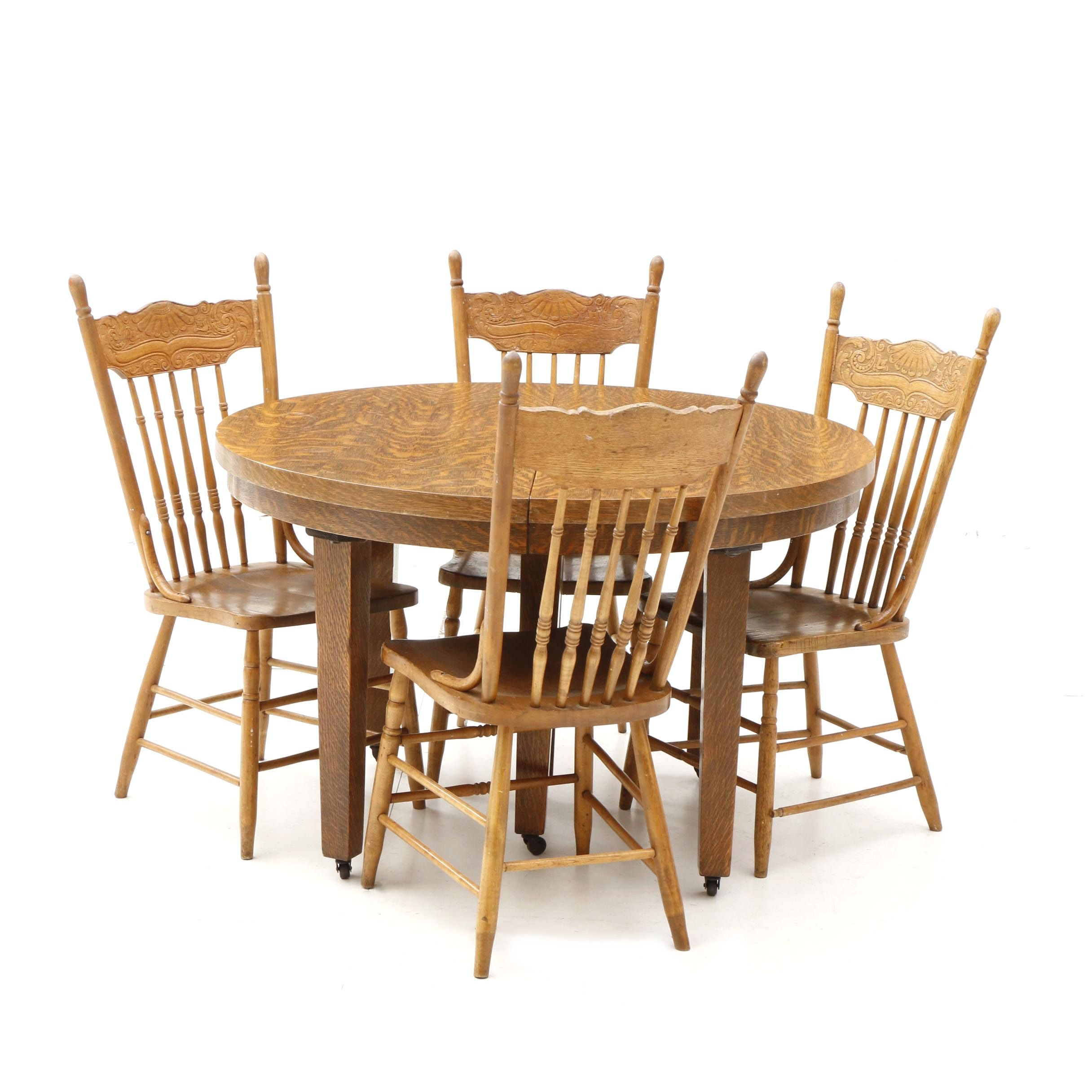 Early 20th Century American Oak Dining Table and Chairs