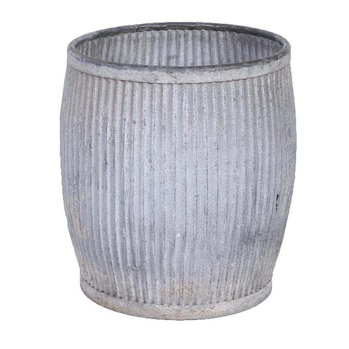 20th Century English Galvanized Zinc Laundry Tub