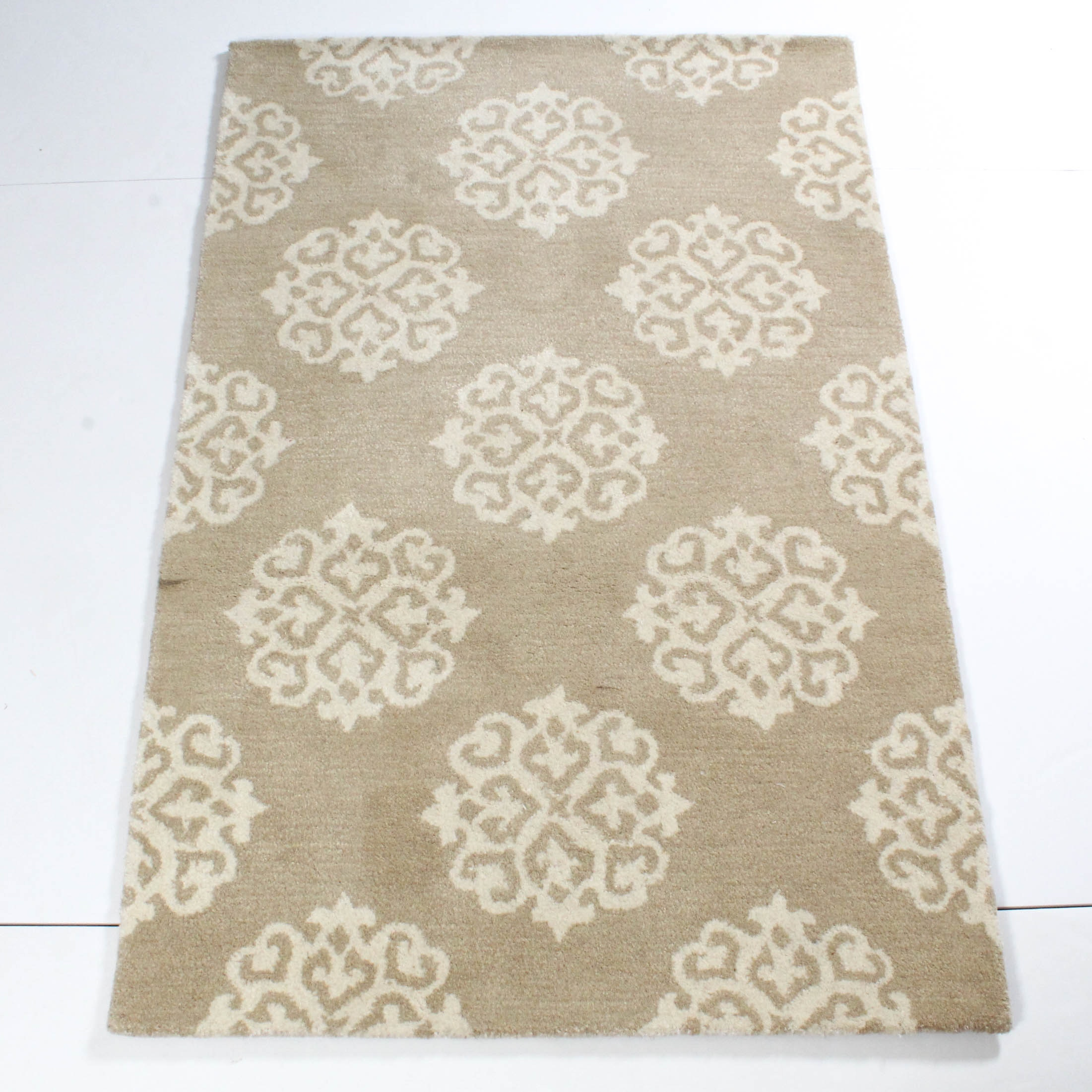 "3'6 x 5'6 Safavieh Hand-Tufted ""Soho"" Rug"