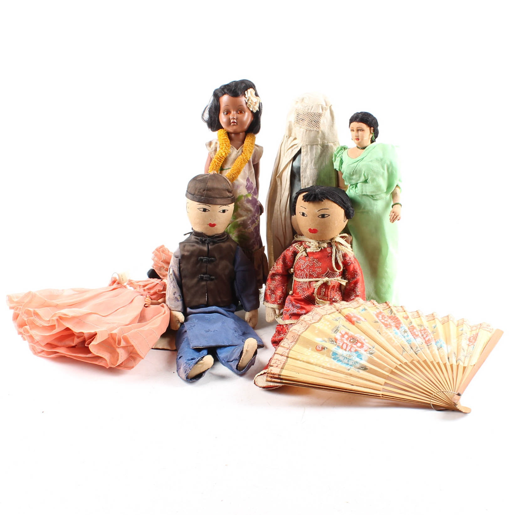 Vintage International Doll Collection