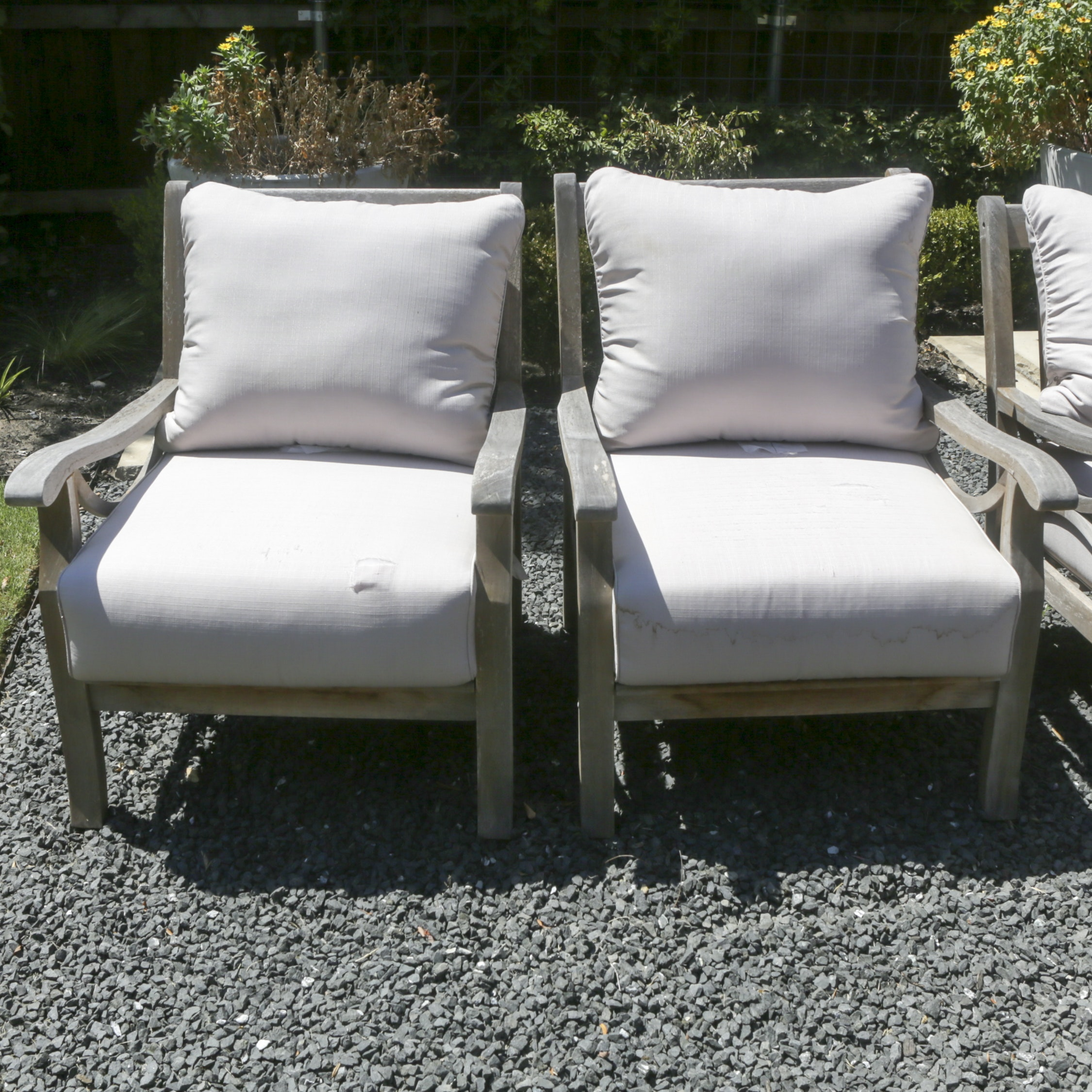 Wooden Patio Furniture Armchairs with Cushions