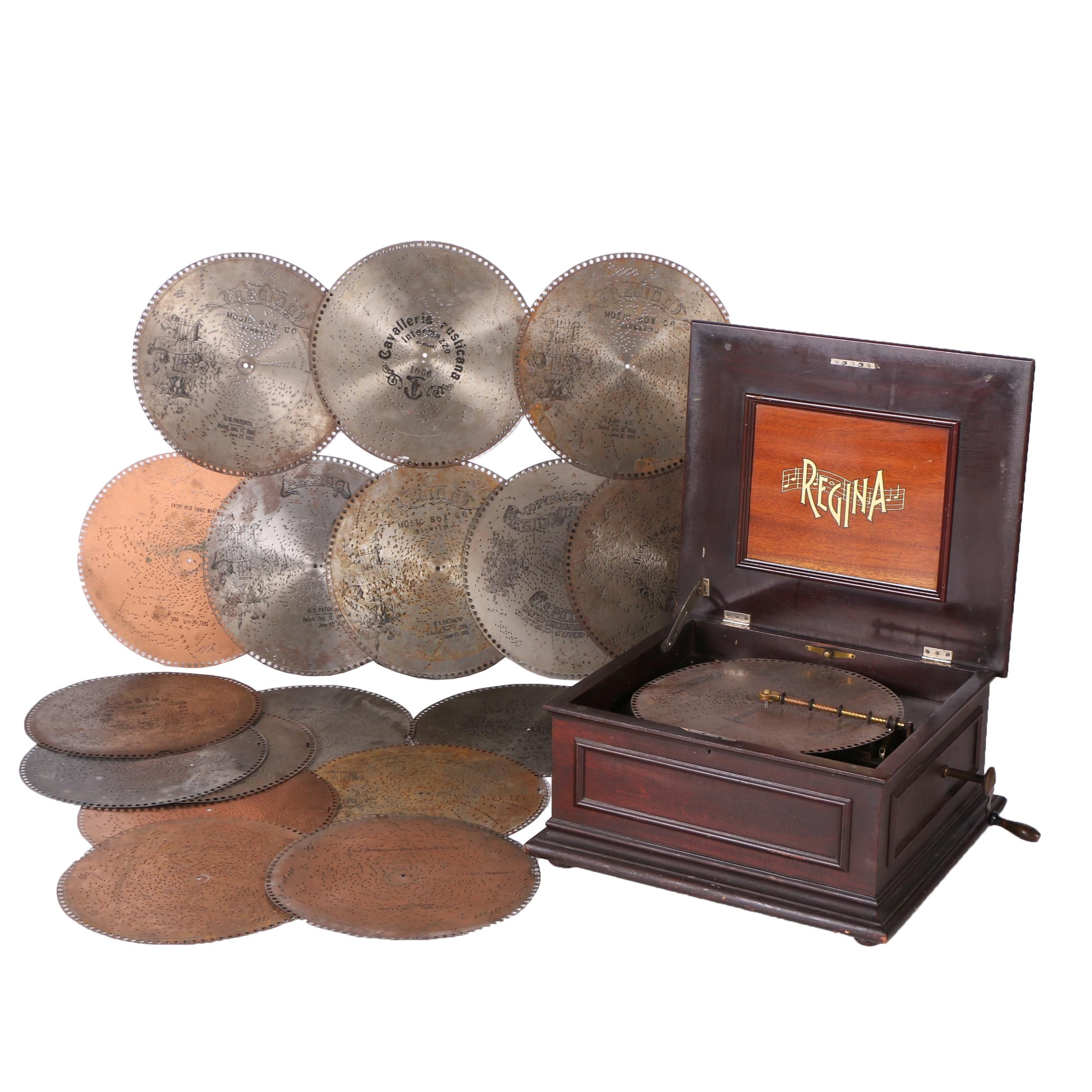 Early 20th Century Regina Double Comb Mahogany Musical Box with Eighteen Discs
