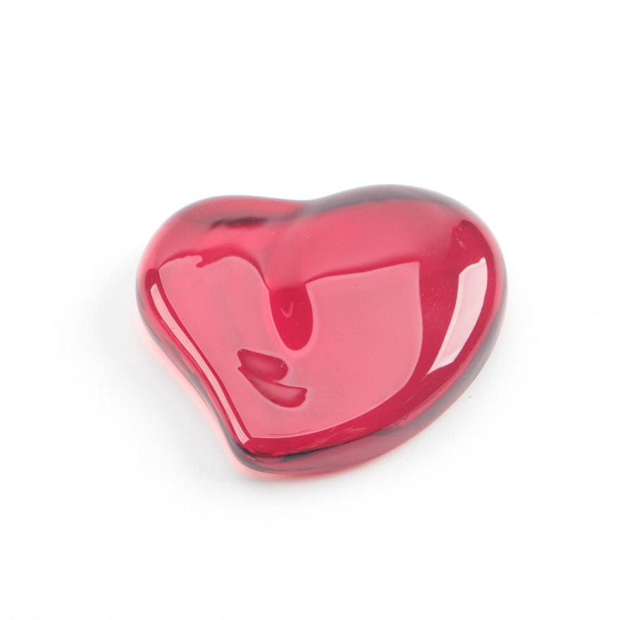 f1cd20a0619 Elsa Peretti for Tiffany   Co. Red Crystal Heart Paperweight   EBTH