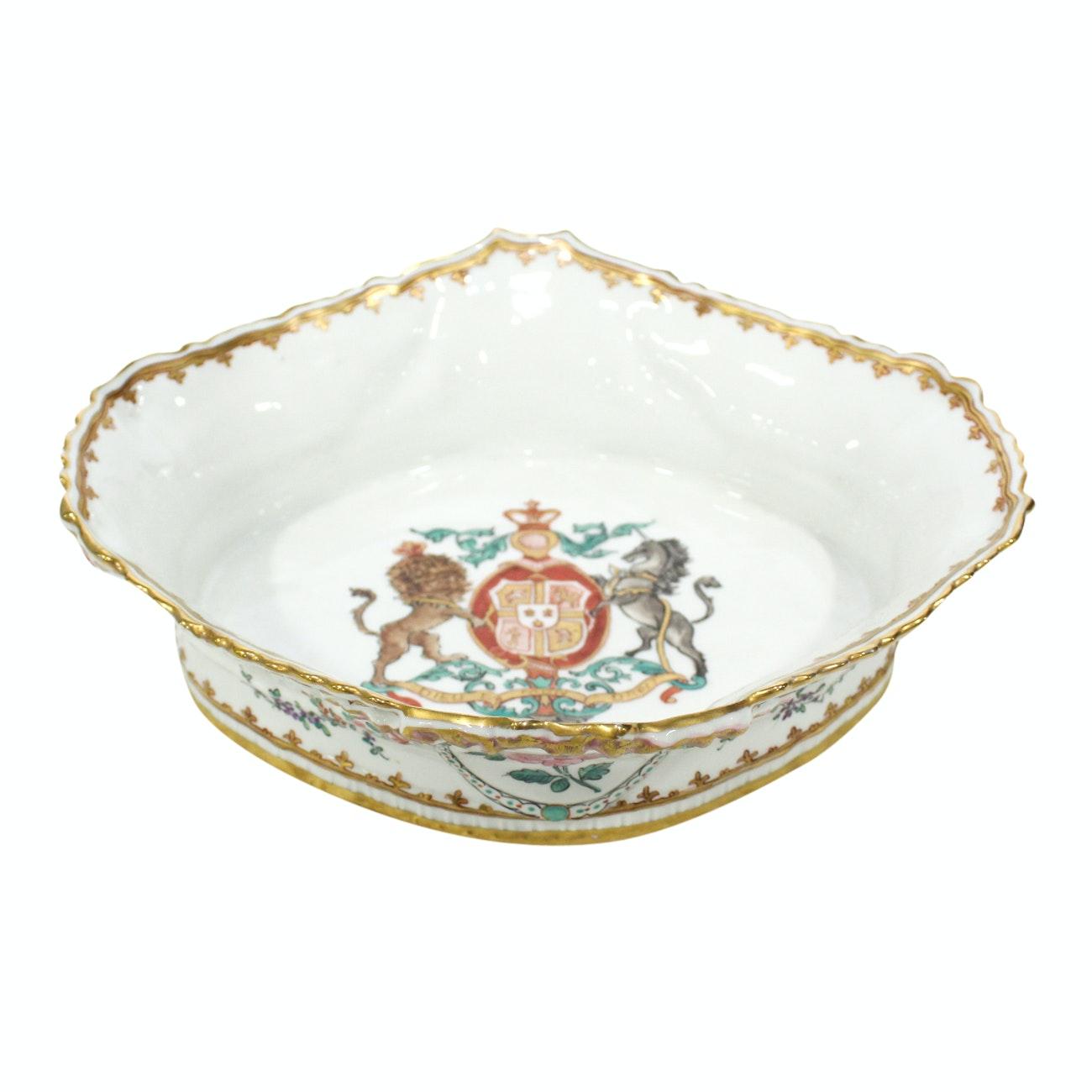 French Armorial Porcelaine De Paris, Sampson Style Oval Dish, 20th Century