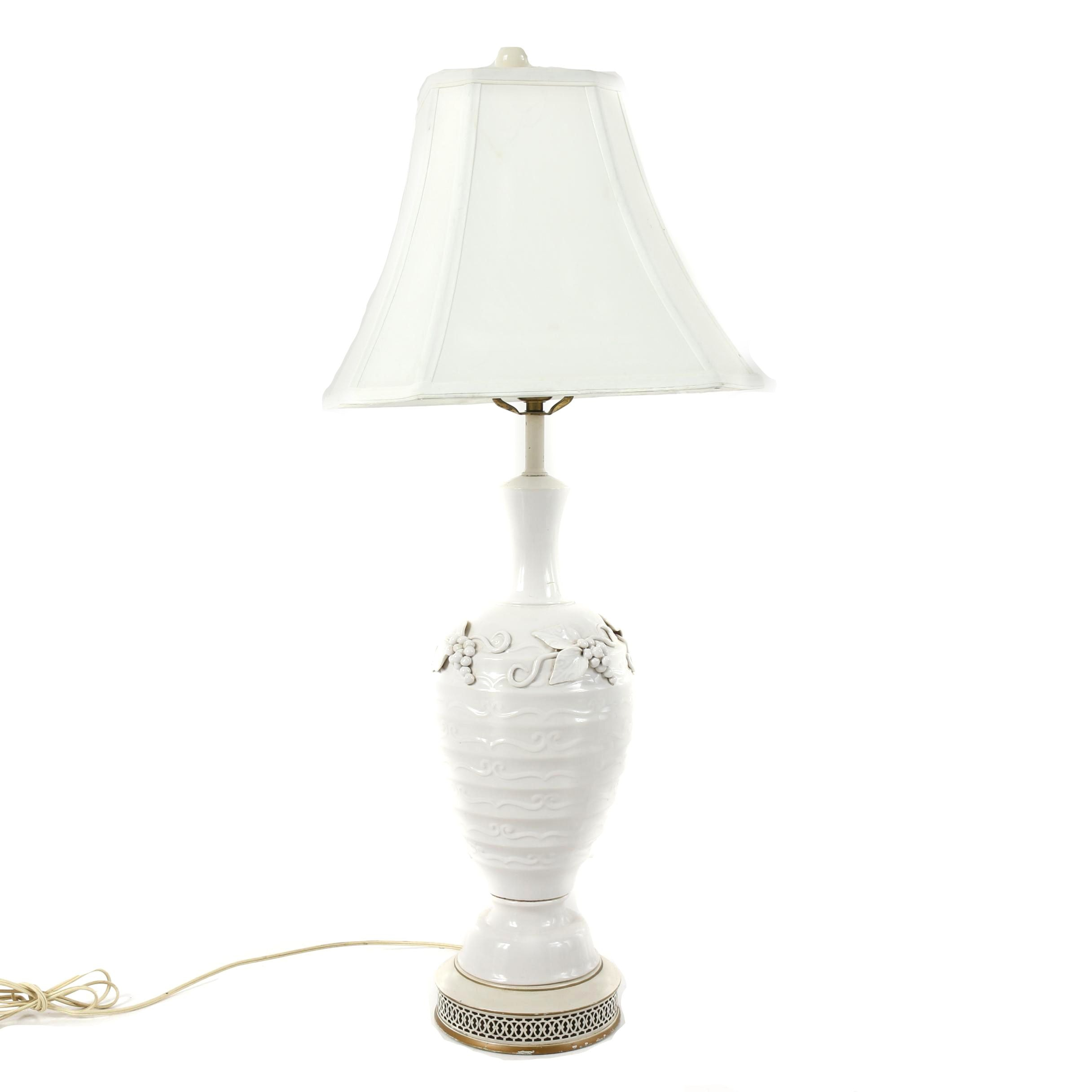 Vintage Italian Style Grape Motif White Ceramic Table Lamp w/ White Fabric Shade