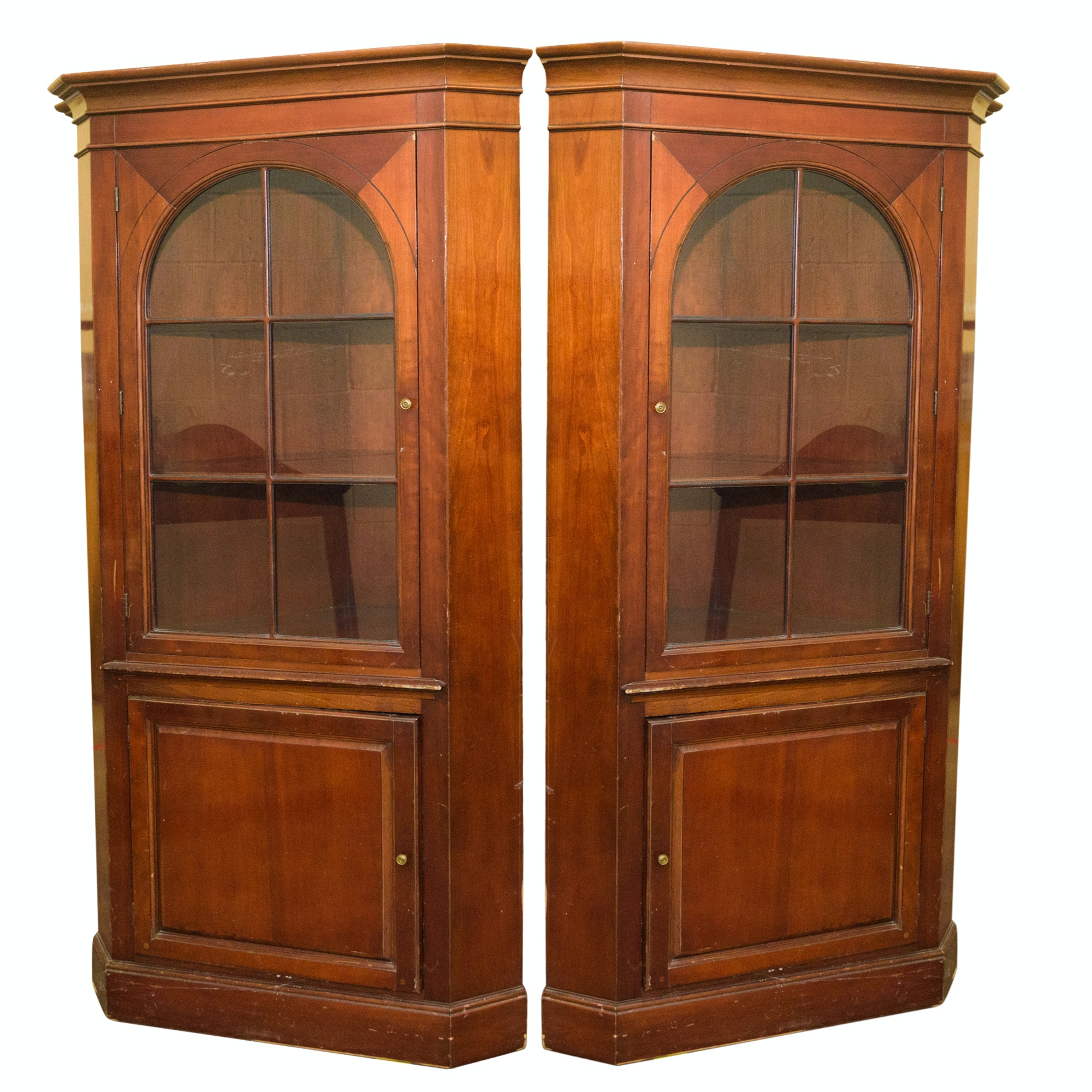Pair of Vintage Corner Cabinets by Bernhardt