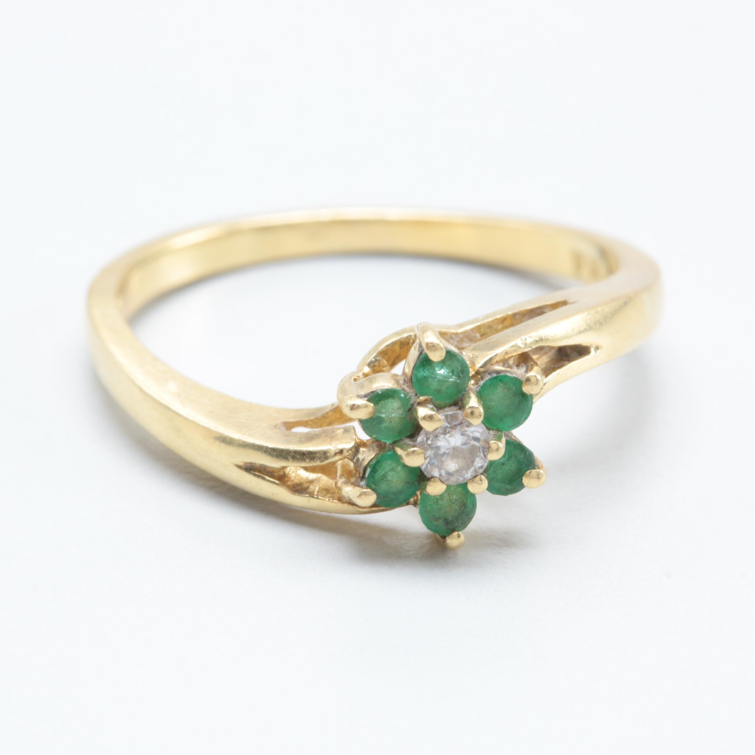 18K Yellow Gold Diamond and Emerald Ring